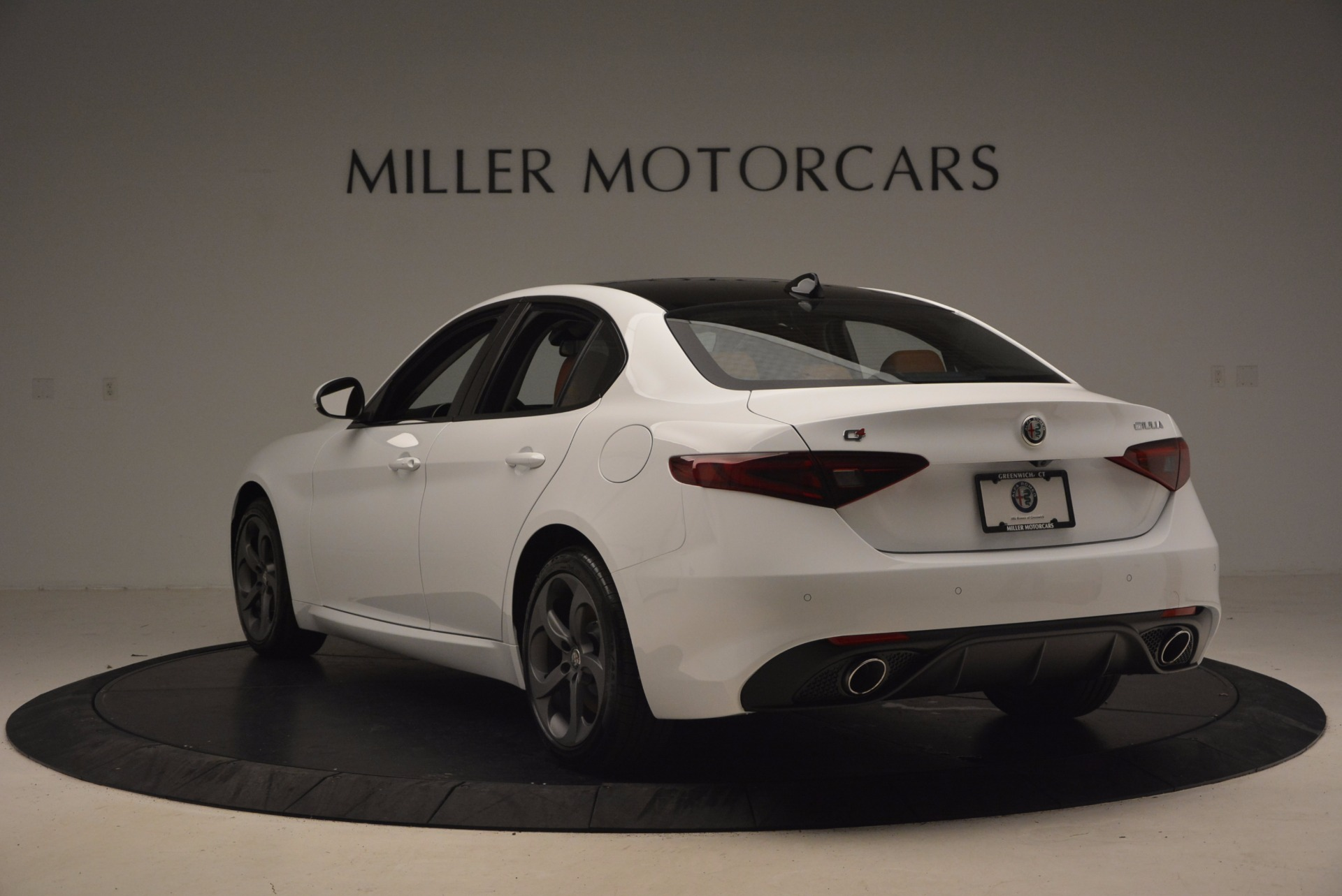 New 2017 Alfa Romeo Giulia Q4 For Sale In Westport, CT 1271_p6