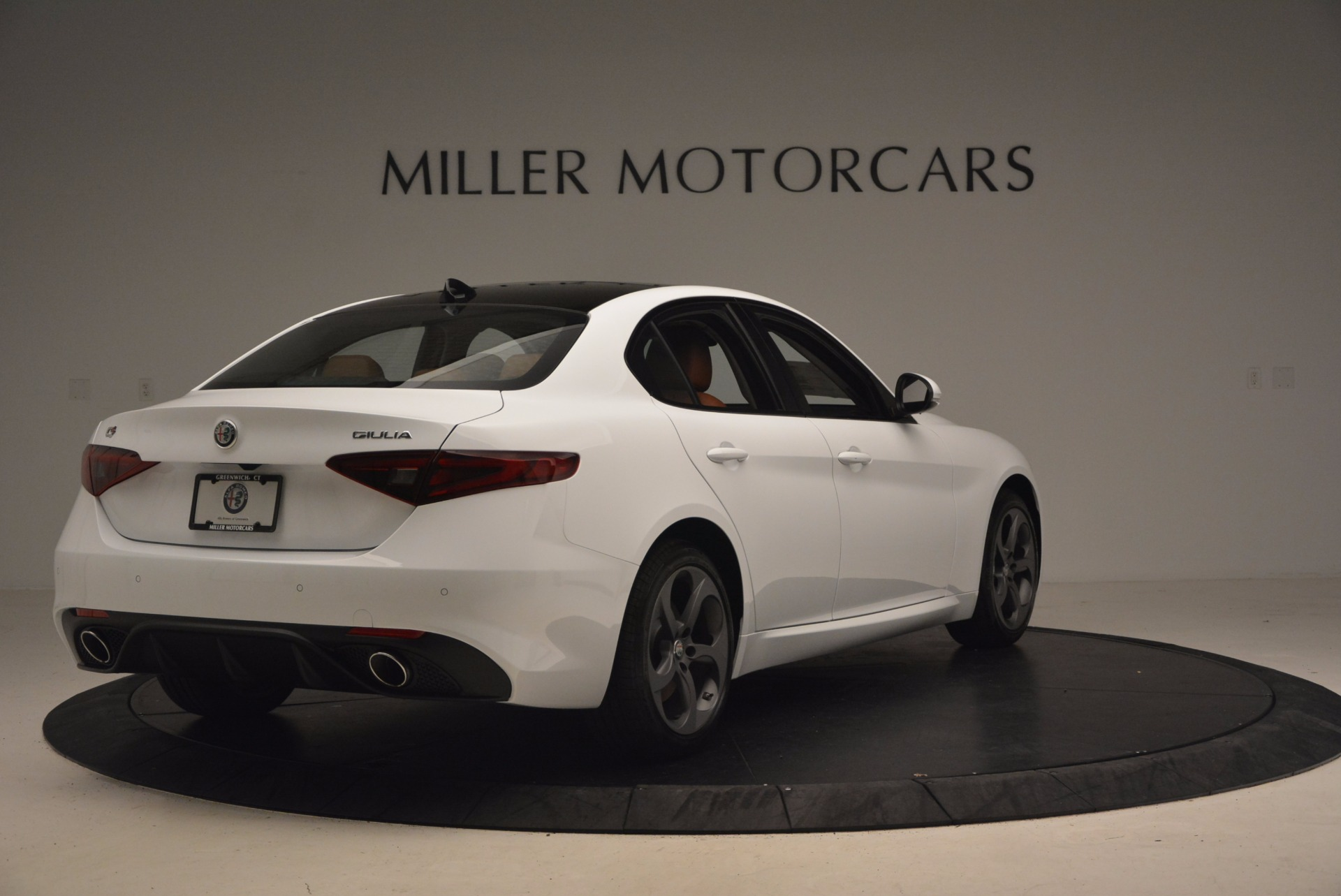 New 2017 Alfa Romeo Giulia Q4 For Sale In Westport, CT 1271_p8