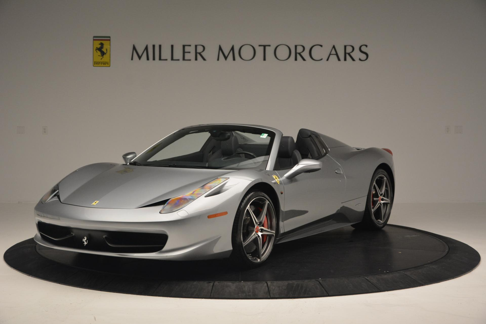 Used 2013 Ferrari 458 Spider  For Sale In Westport, CT 128_main
