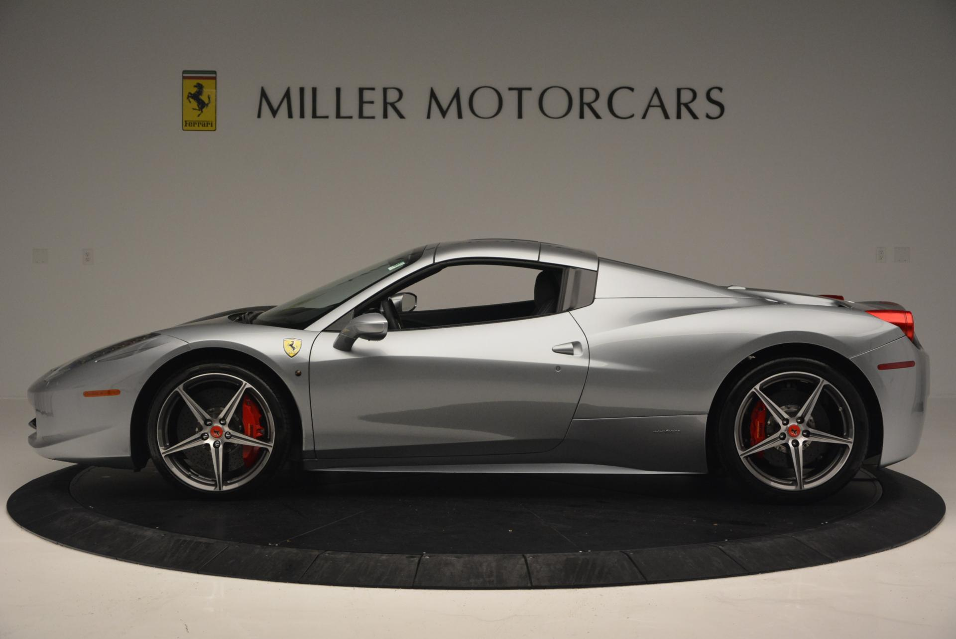Used 2013 Ferrari 458 Spider  For Sale In Westport, CT 128_p15