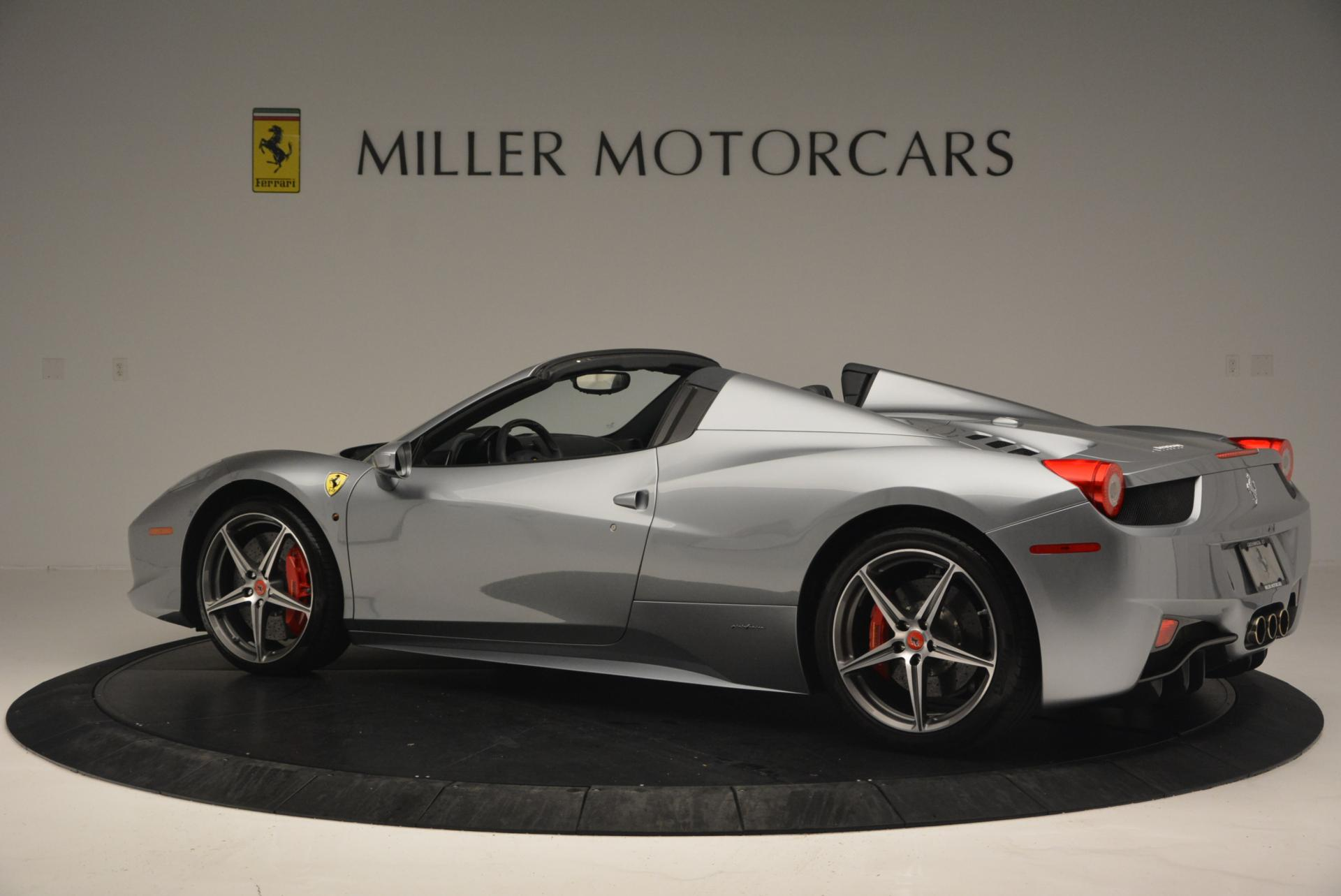 Used 2013 Ferrari 458 Spider  For Sale In Westport, CT 128_p4