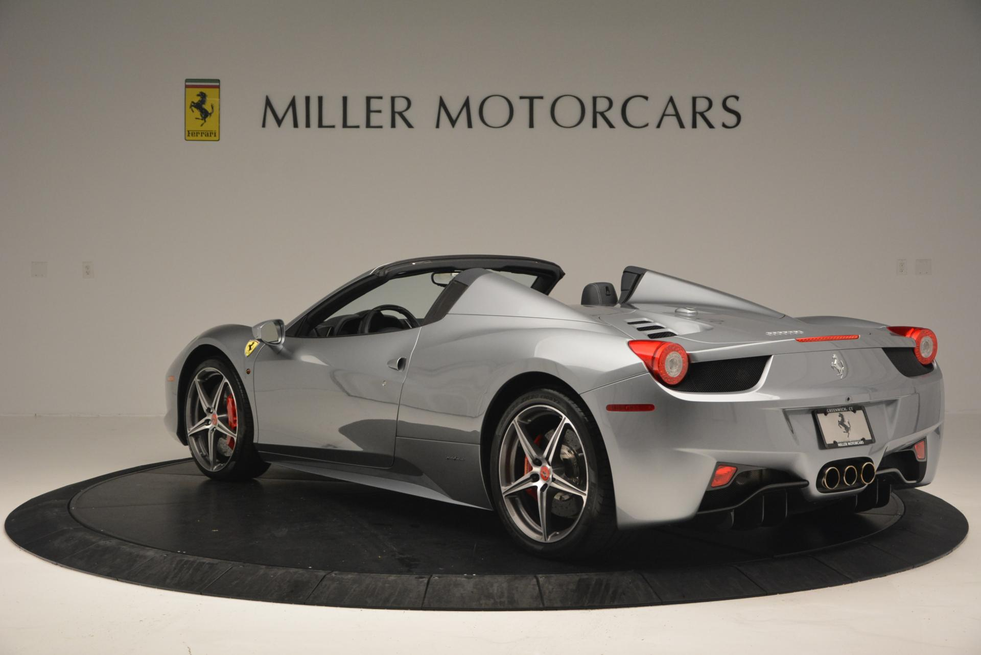 Used 2013 Ferrari 458 Spider  For Sale In Westport, CT 128_p5