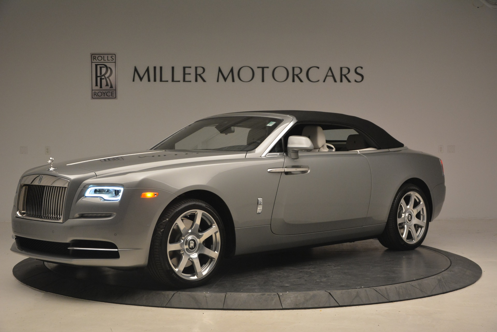 Used 2016 Rolls-Royce Dawn  For Sale In Westport, CT 1283_p15