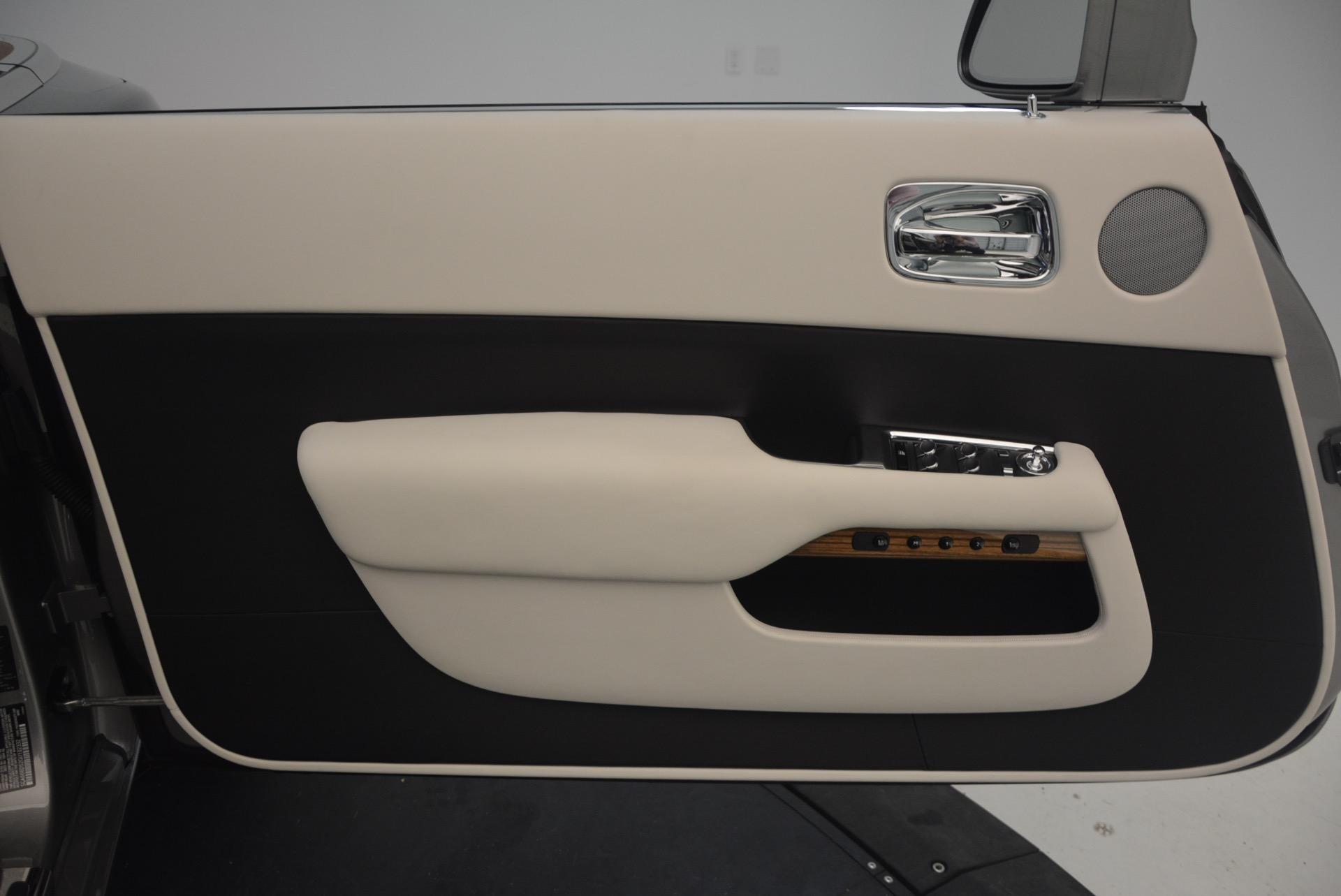 Used 2016 Rolls-Royce Dawn  For Sale In Westport, CT 1283_p29