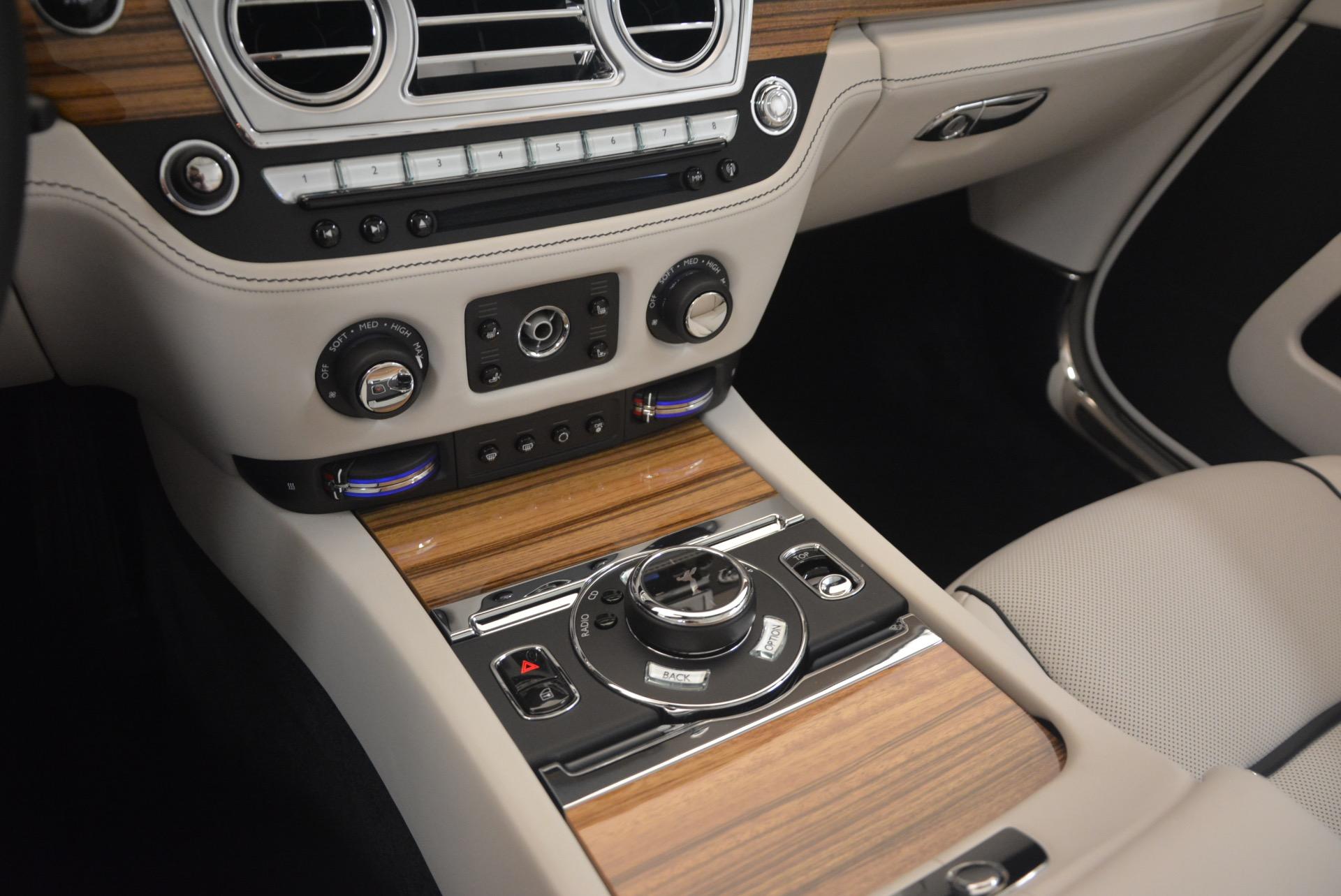 Used 2016 Rolls-Royce Dawn  For Sale In Westport, CT 1283_p37