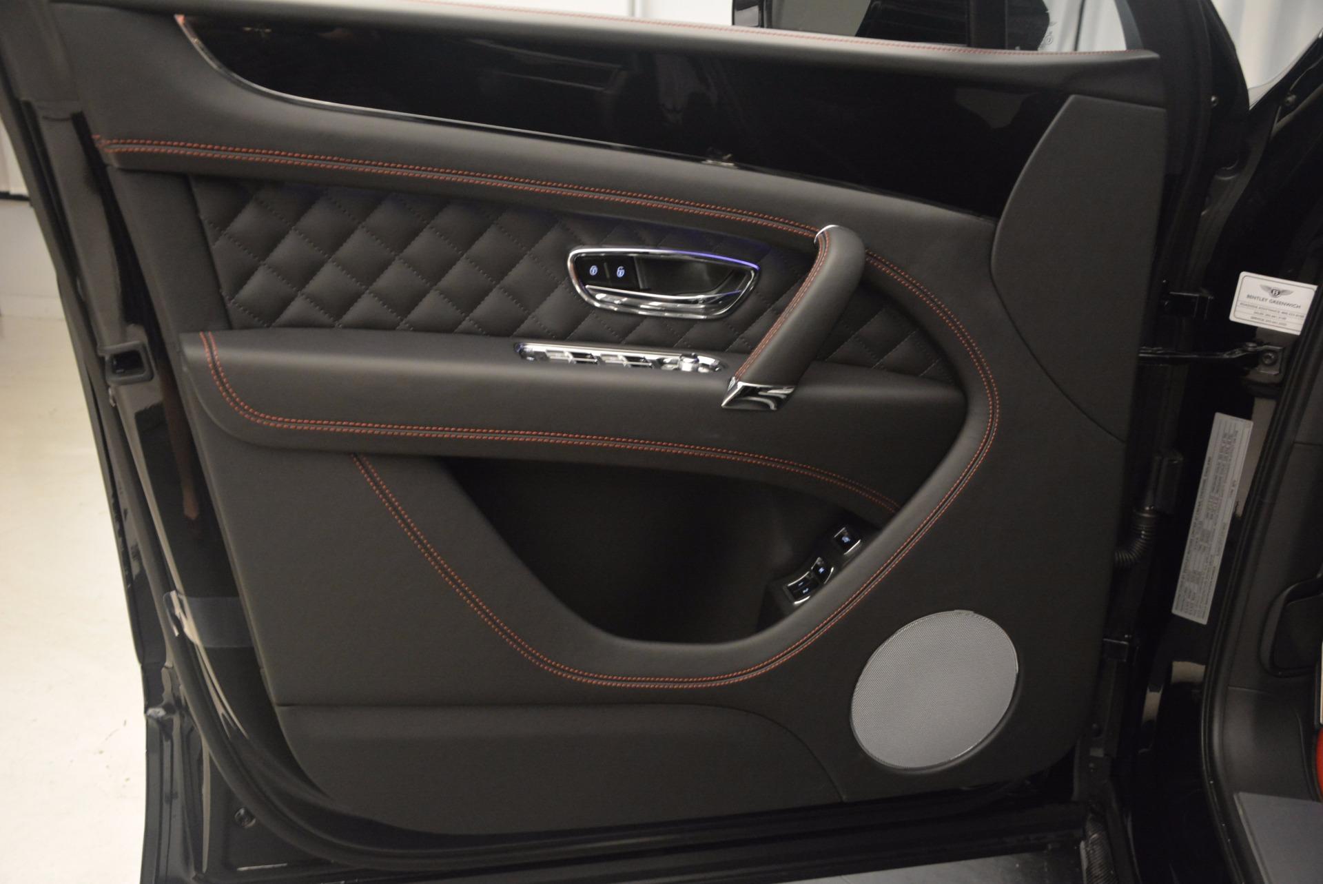 New 2018 Bentley Bentayga Black Edition For Sale In Westport, CT 1287_p29