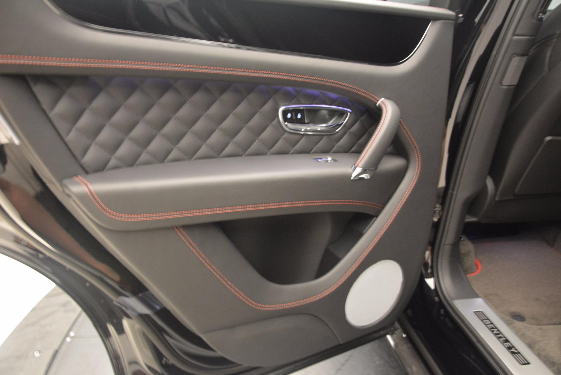 New 2018 Bentley Bentayga Black Edition For Sale In Westport, CT 1287_p31