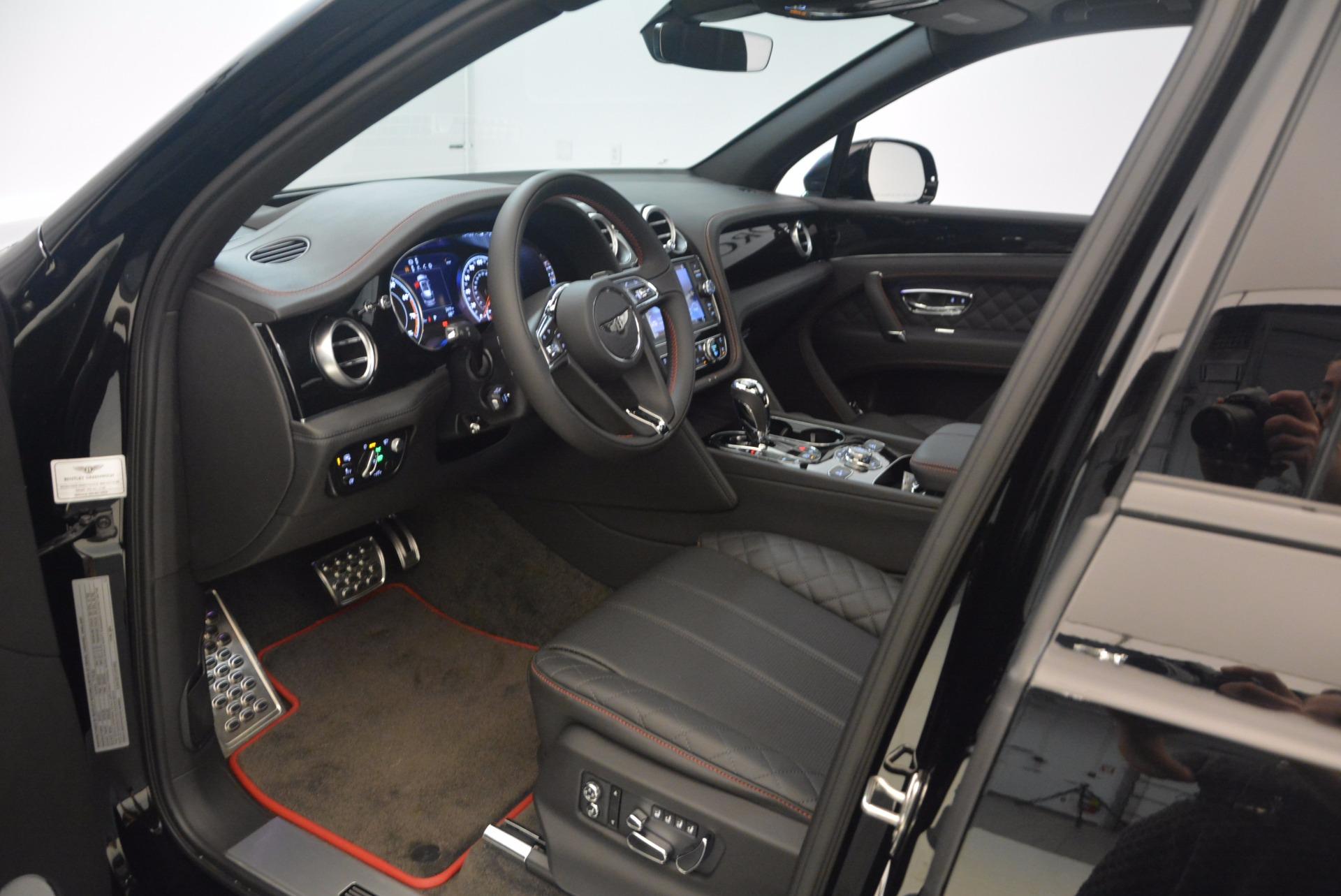 New 2018 Bentley Bentayga Black Edition For Sale In Westport, CT 1287_p32