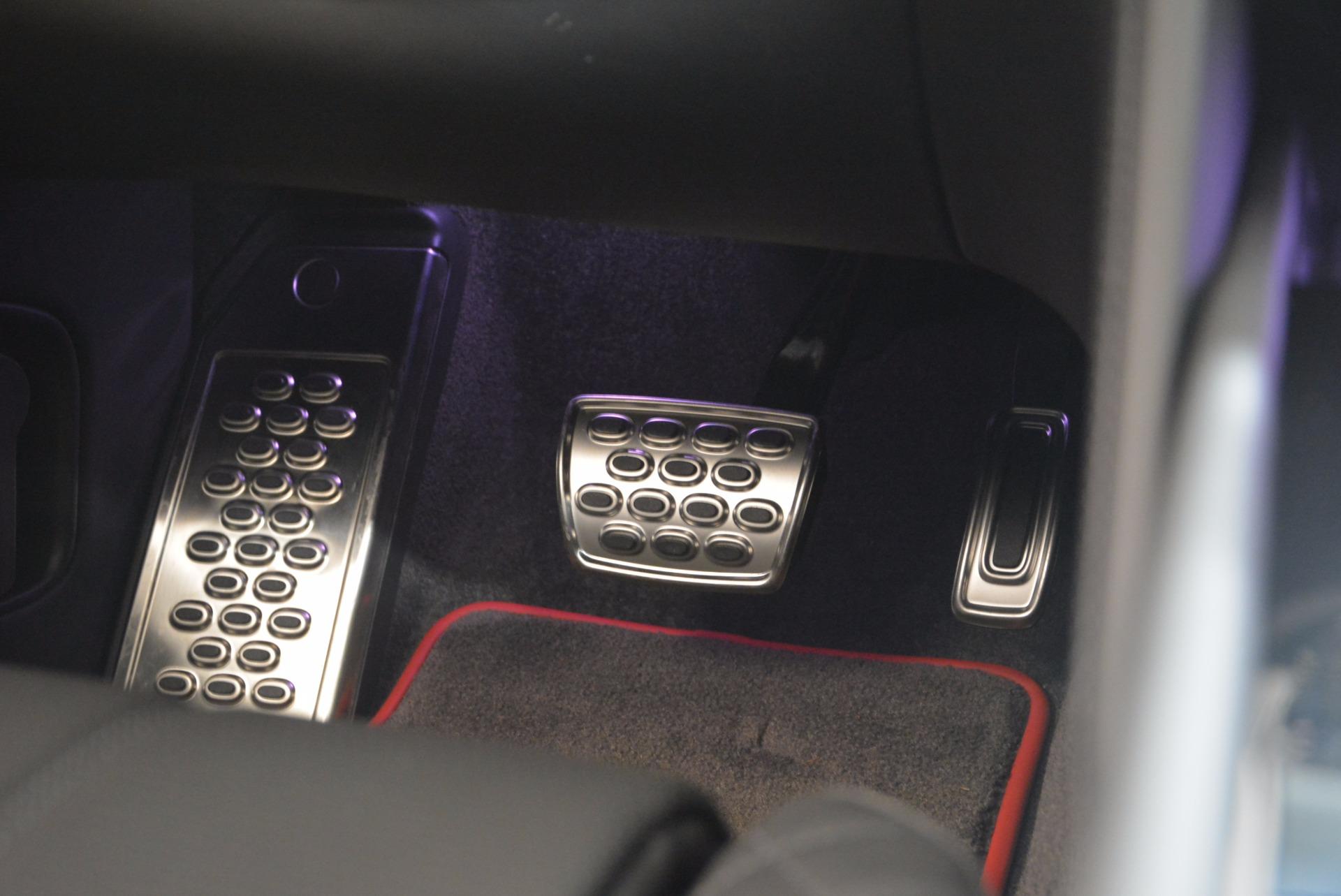 New 2018 Bentley Bentayga Black Edition For Sale In Westport, CT 1287_p37