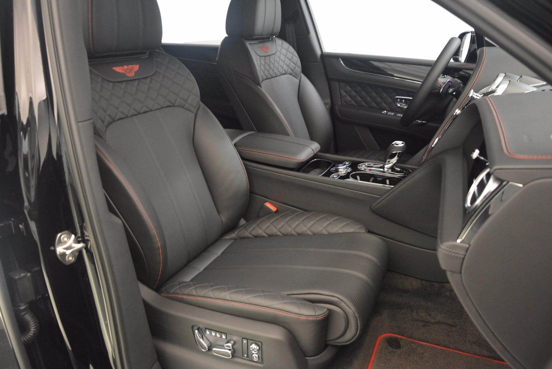 New 2018 Bentley Bentayga Black Edition For Sale In Westport, CT 1287_p46