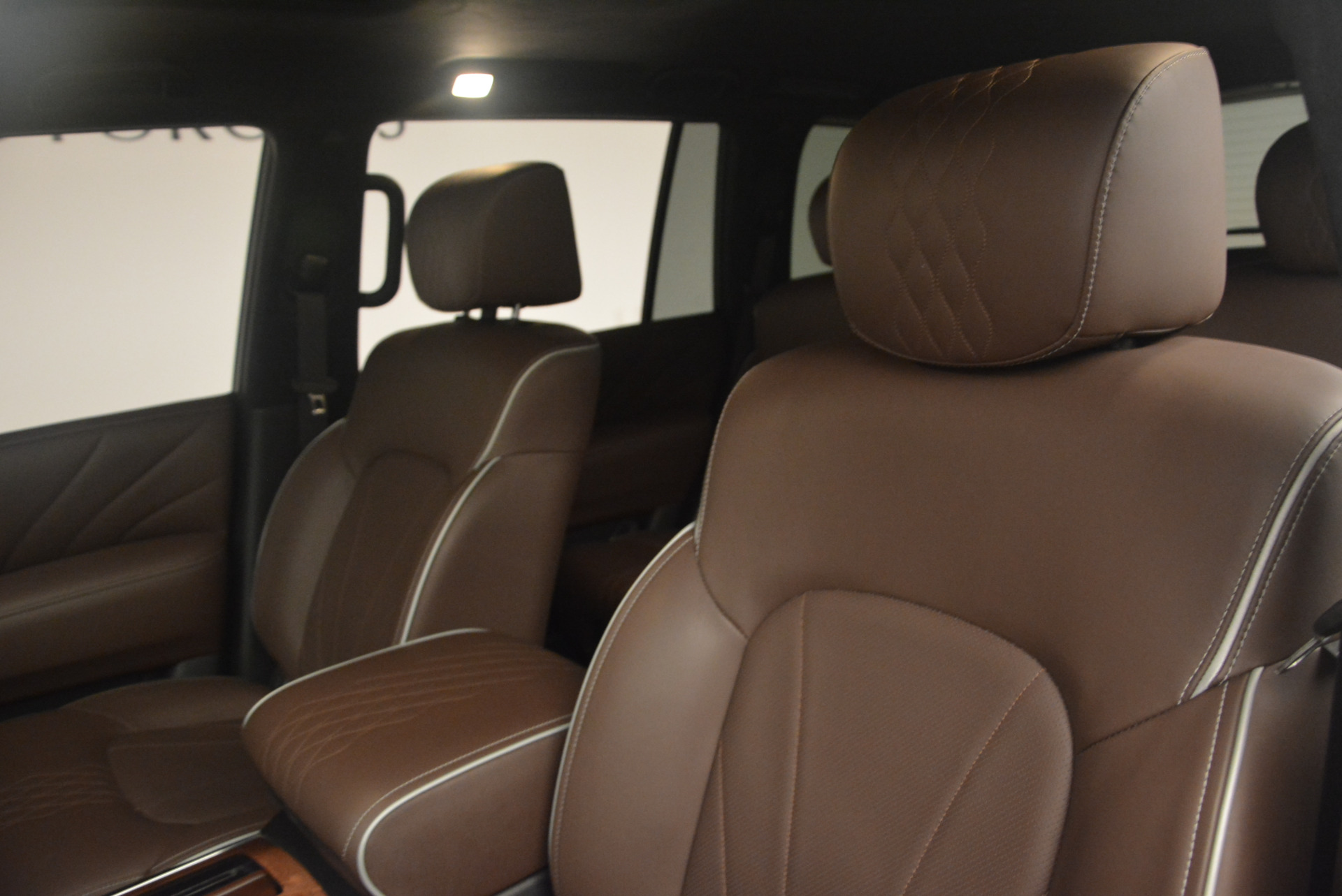 Used 2015 INFINITI QX80 Limited 4WD For Sale In Westport, CT 1289_p13