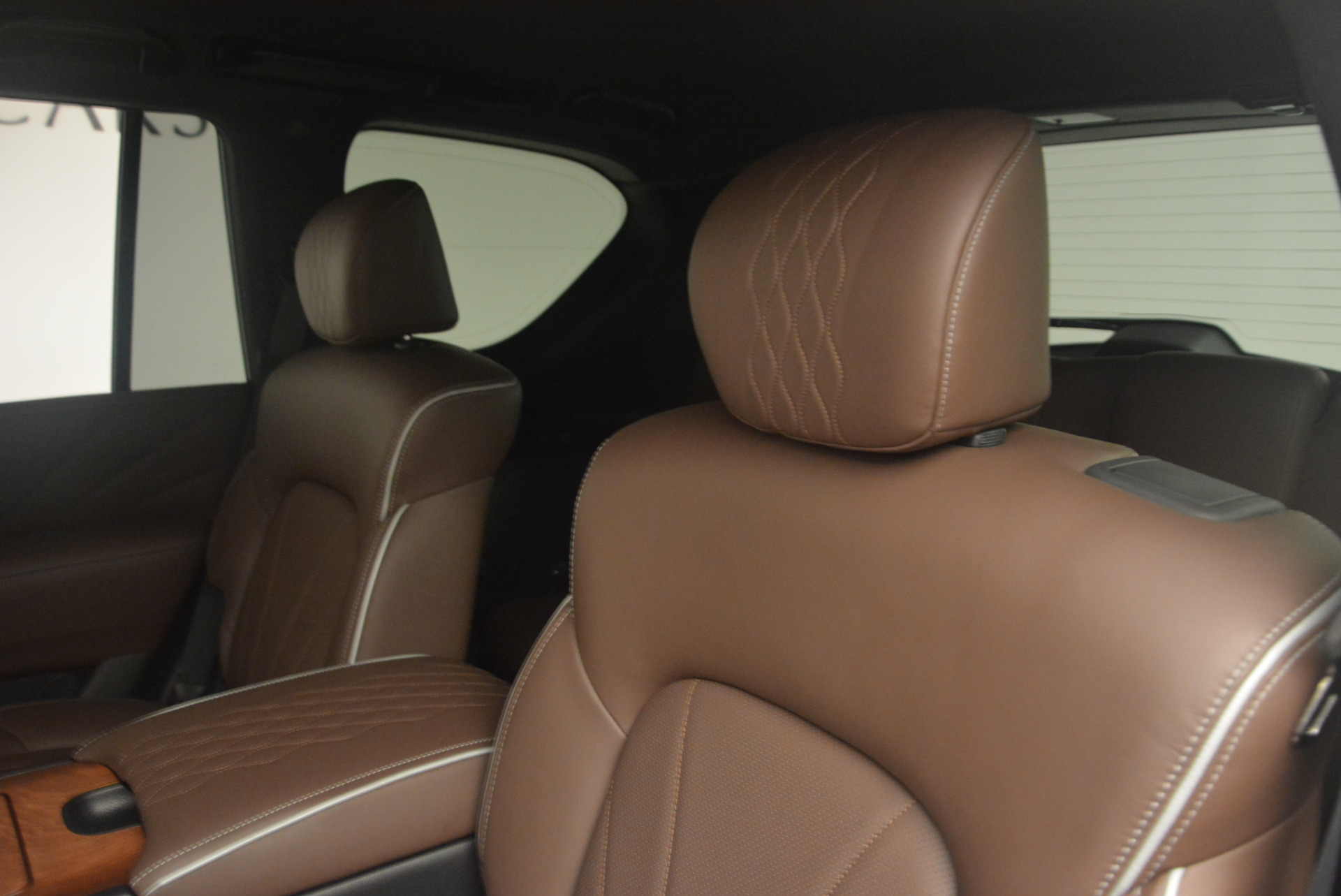 Used 2015 INFINITI QX80 Limited 4WD For Sale In Westport, CT 1289_p17