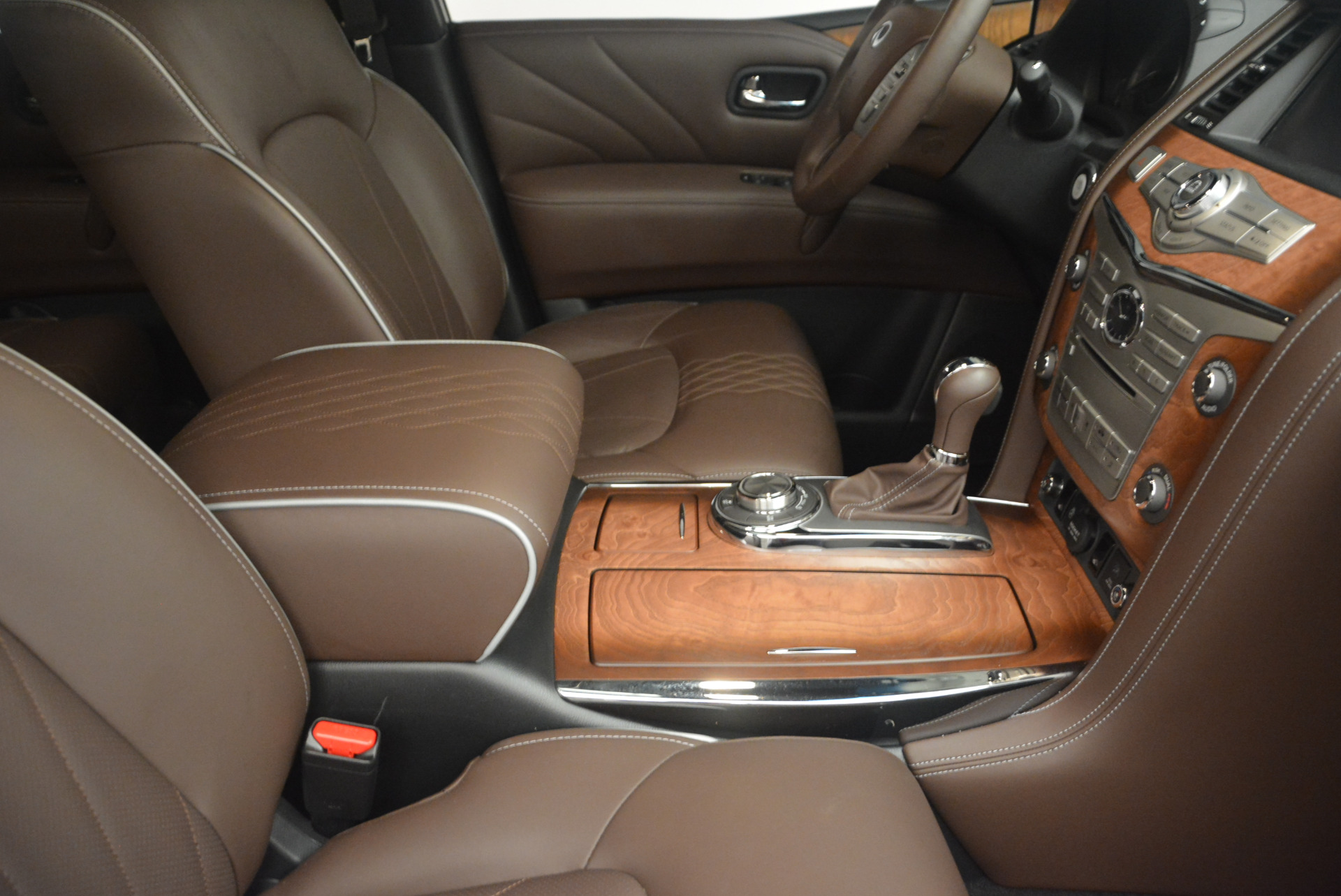 Used 2015 INFINITI QX80 Limited 4WD For Sale In Westport, CT 1289_p25