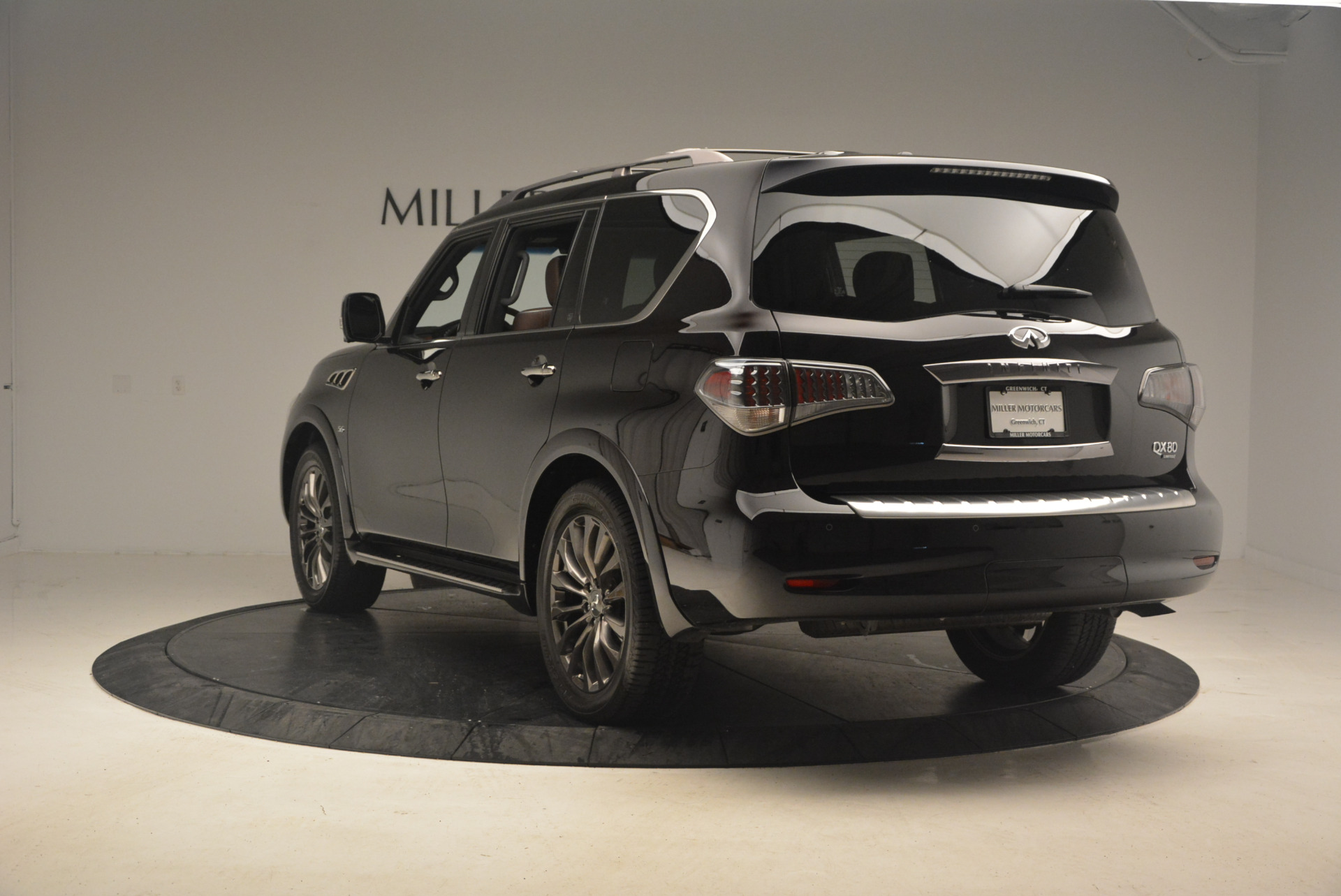 Used 2015 INFINITI QX80 Limited 4WD For Sale In Westport, CT 1289_p5