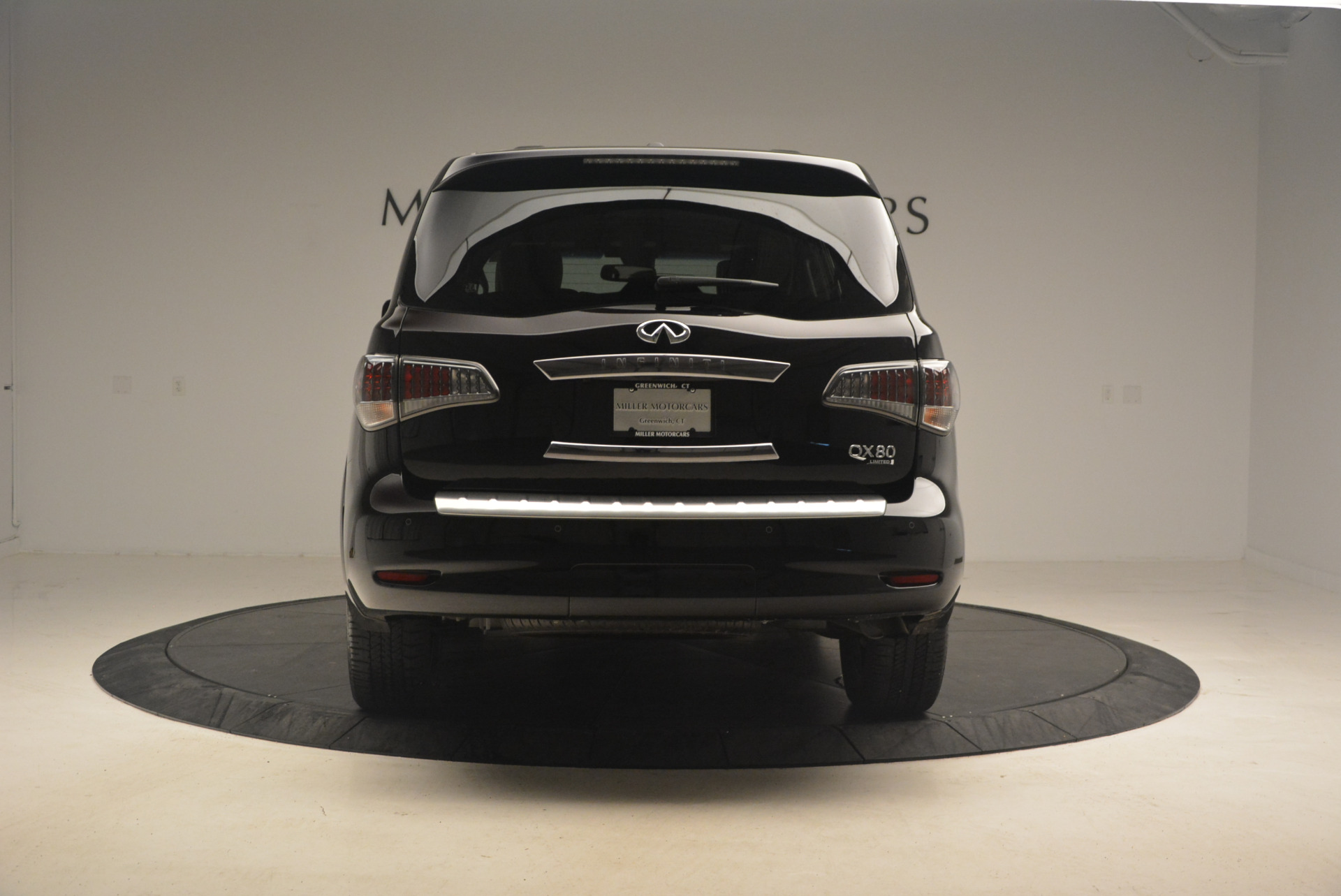 Used 2015 INFINITI QX80 Limited 4WD For Sale In Westport, CT 1289_p6