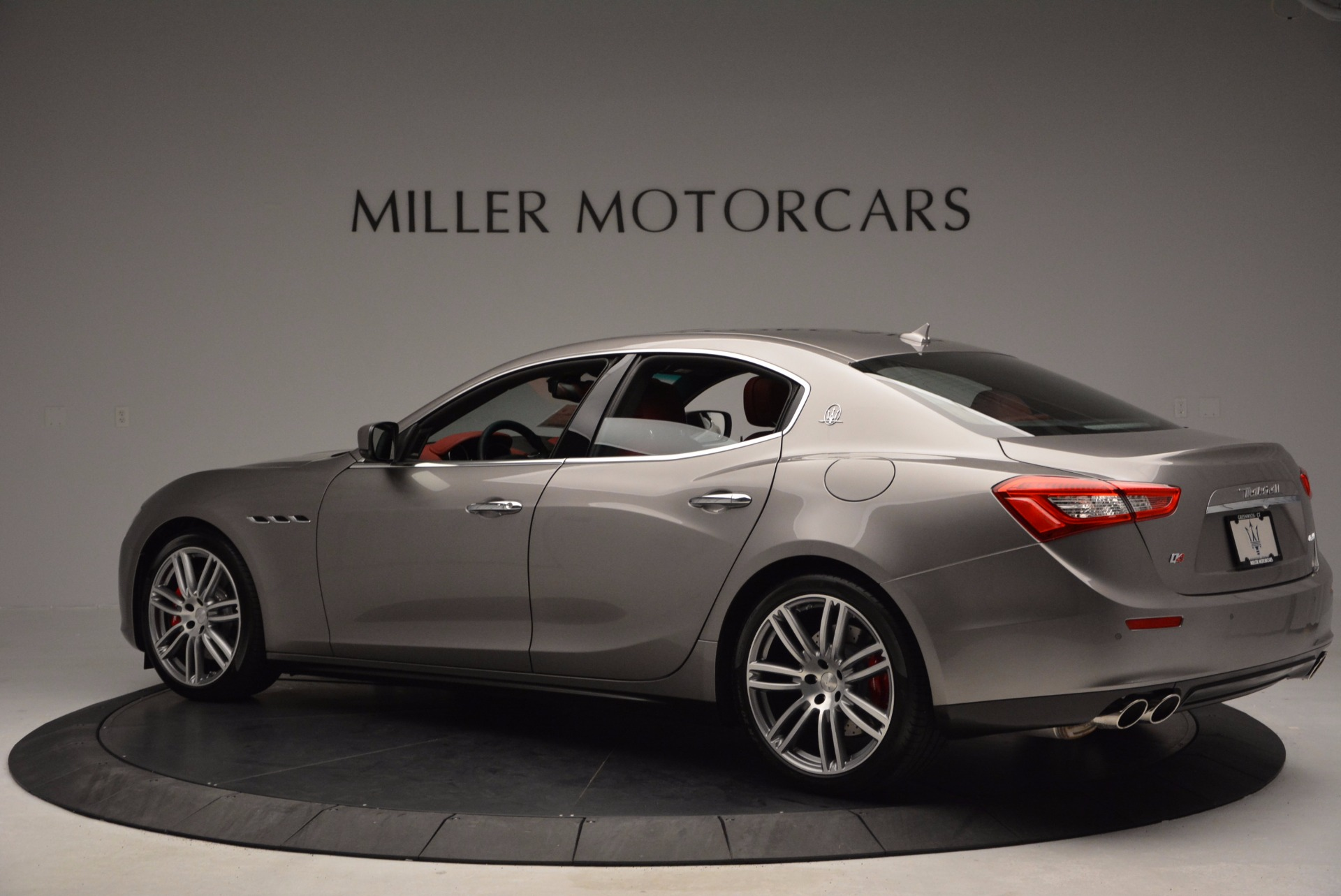 Used 2015 Maserati Ghibli S Q4 For Sale In Westport, CT 1290_p4