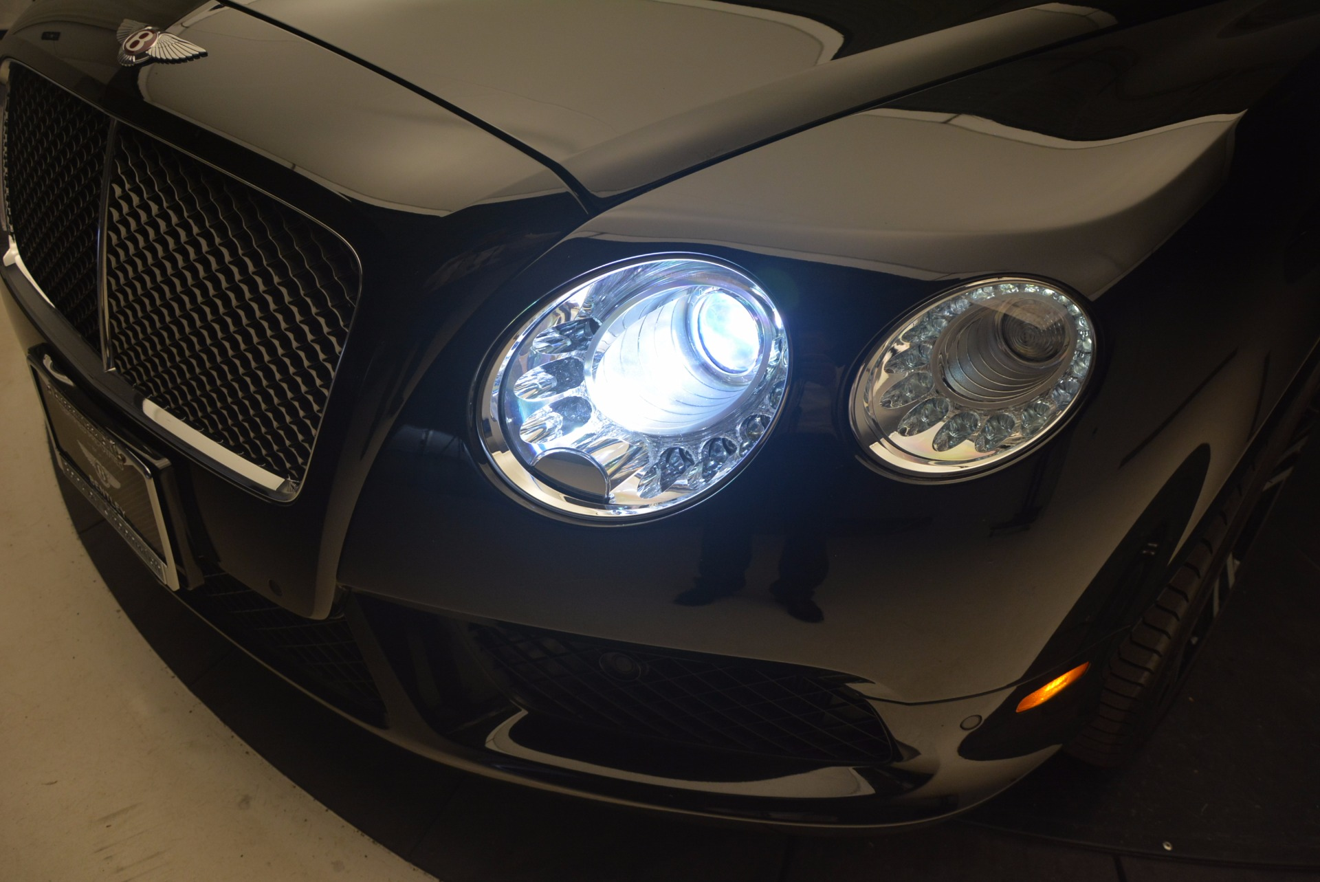 Used 2013 Bentley Continental GT V8 For Sale In Westport, CT 1291_p16