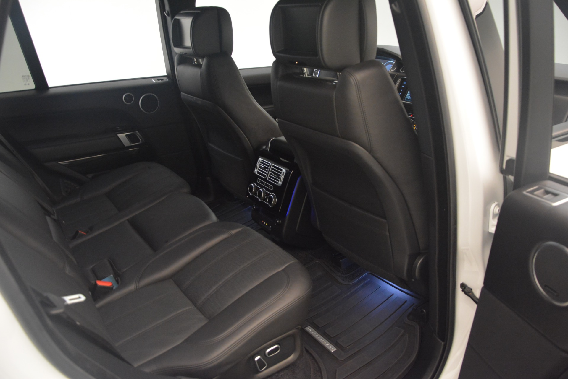 Used 2015 Land Rover Range Rover Supercharged For Sale In Westport, CT 1292_p35