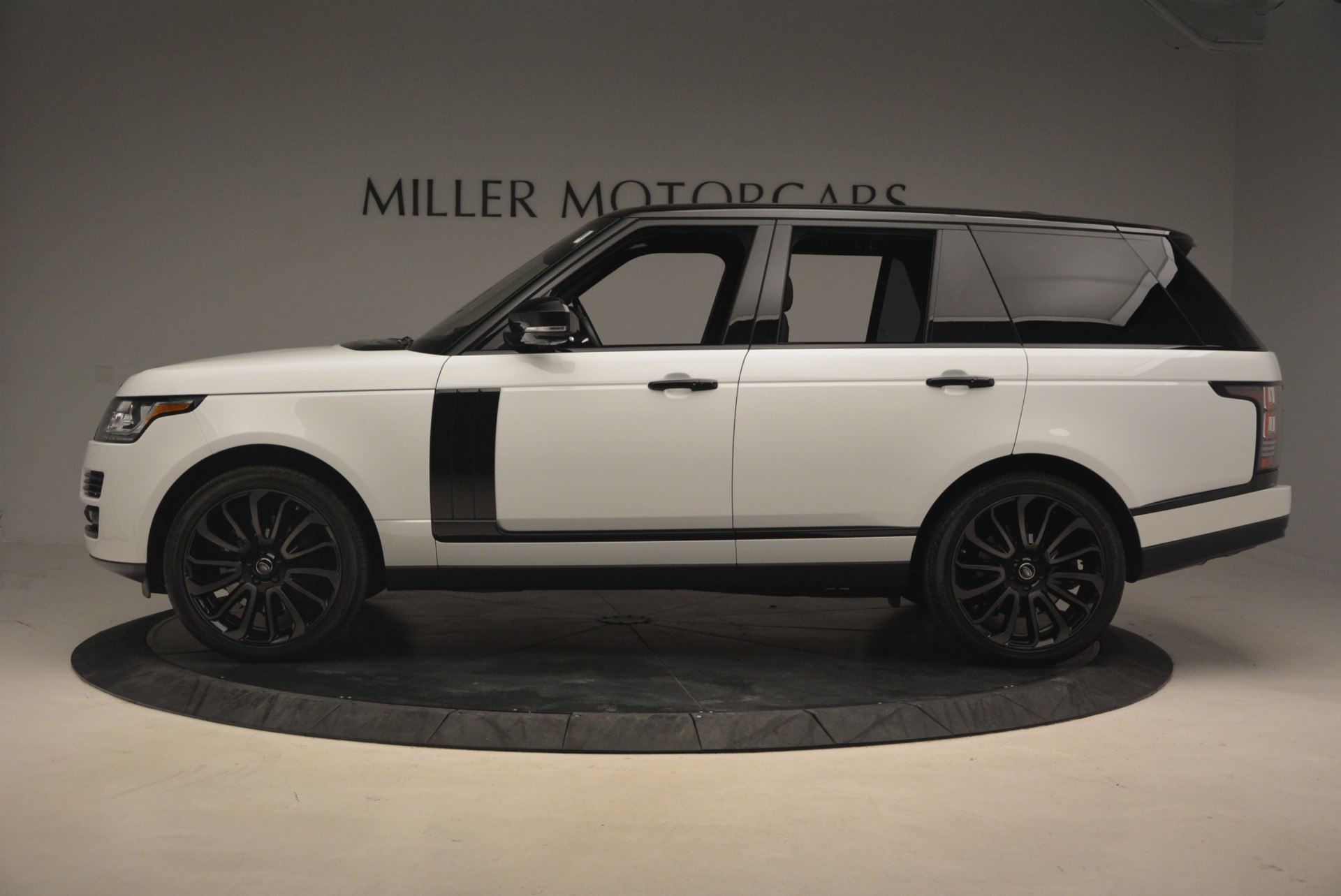 Used 2015 Land Rover Range Rover Supercharged For Sale In Westport, CT 1292_p3