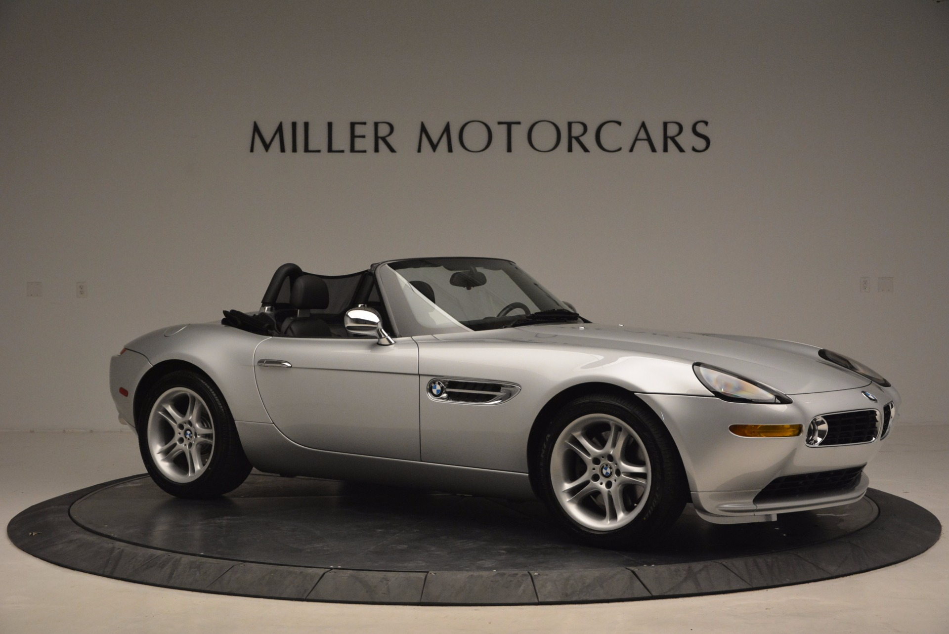 Used 2001 BMW Z8  For Sale In Westport, CT 1293_p10