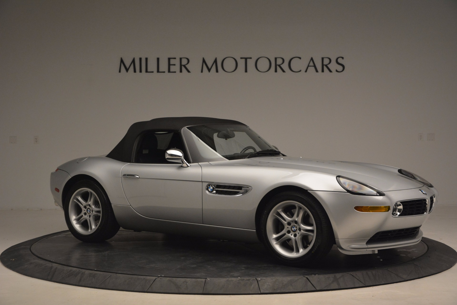 Used 2001 BMW Z8  For Sale In Westport, CT 1293_p22