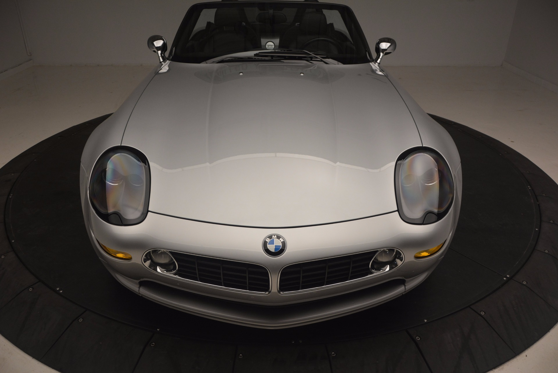 Used 2001 BMW Z8  For Sale In Westport, CT 1293_p25