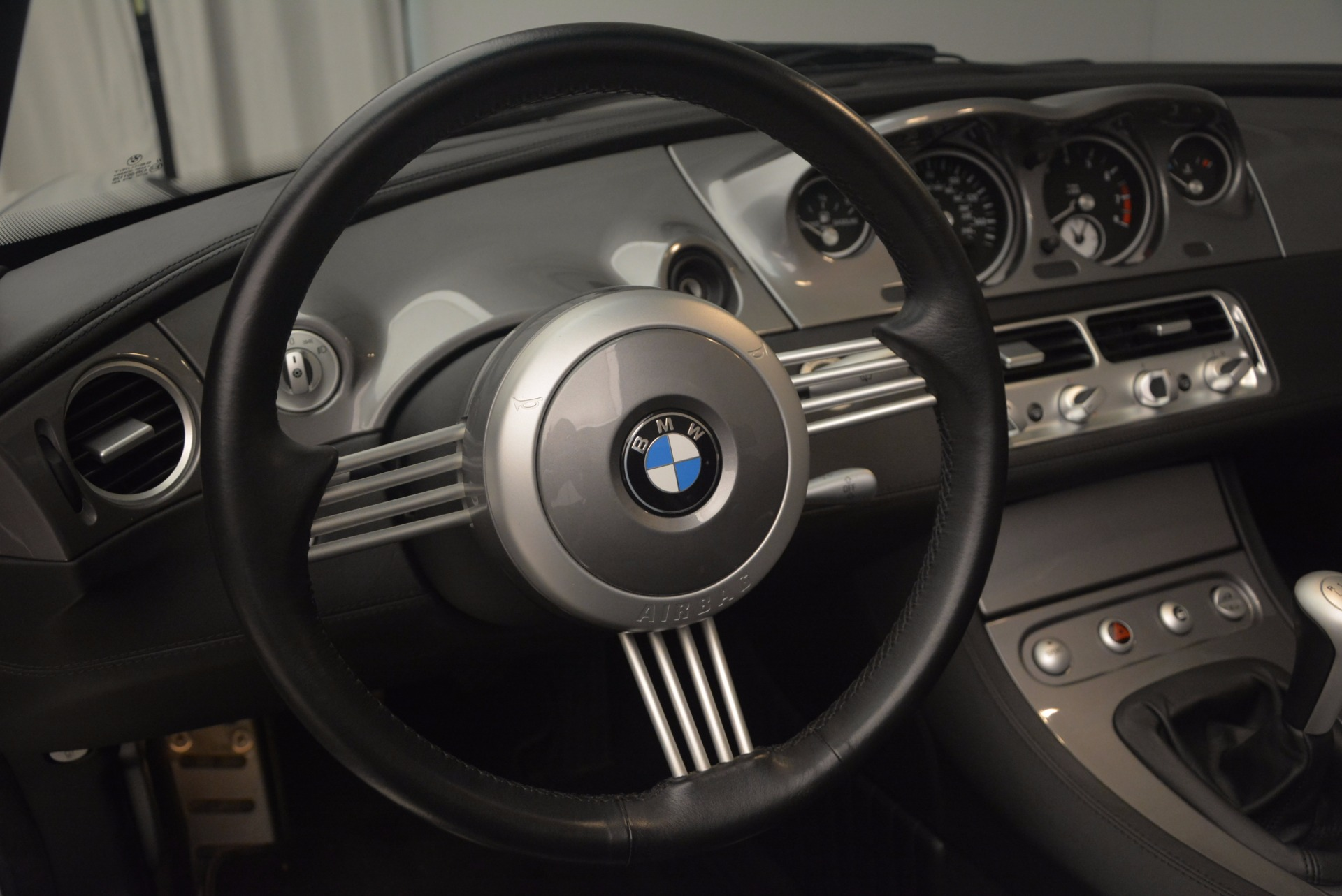Used 2001 BMW Z8  For Sale In Westport, CT 1293_p34