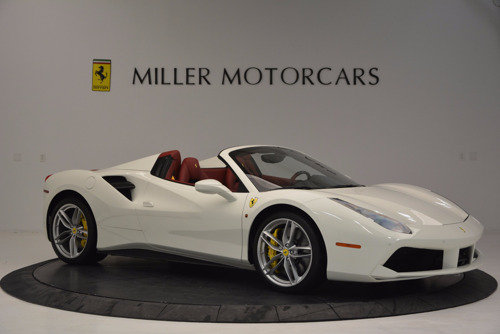 Used 2017 Ferrari 488 Spider  For Sale In Westport, CT 1296_p10