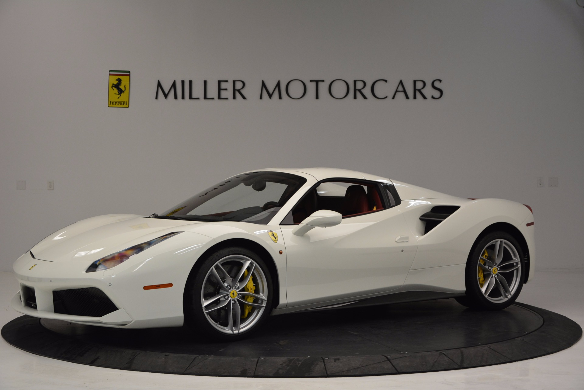 Used 2017 Ferrari 488 Spider  For Sale In Westport, CT 1296_p14