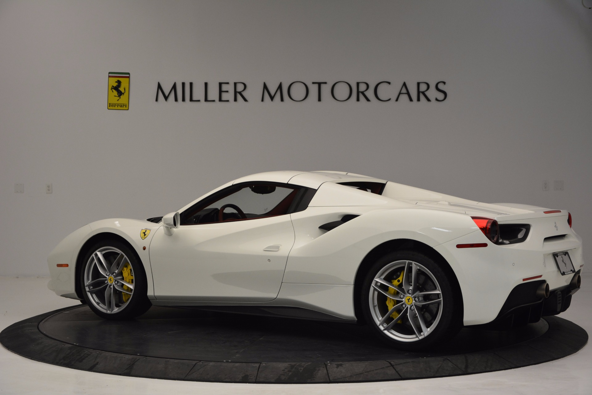 Used 2017 Ferrari 488 Spider  For Sale In Westport, CT 1296_p16