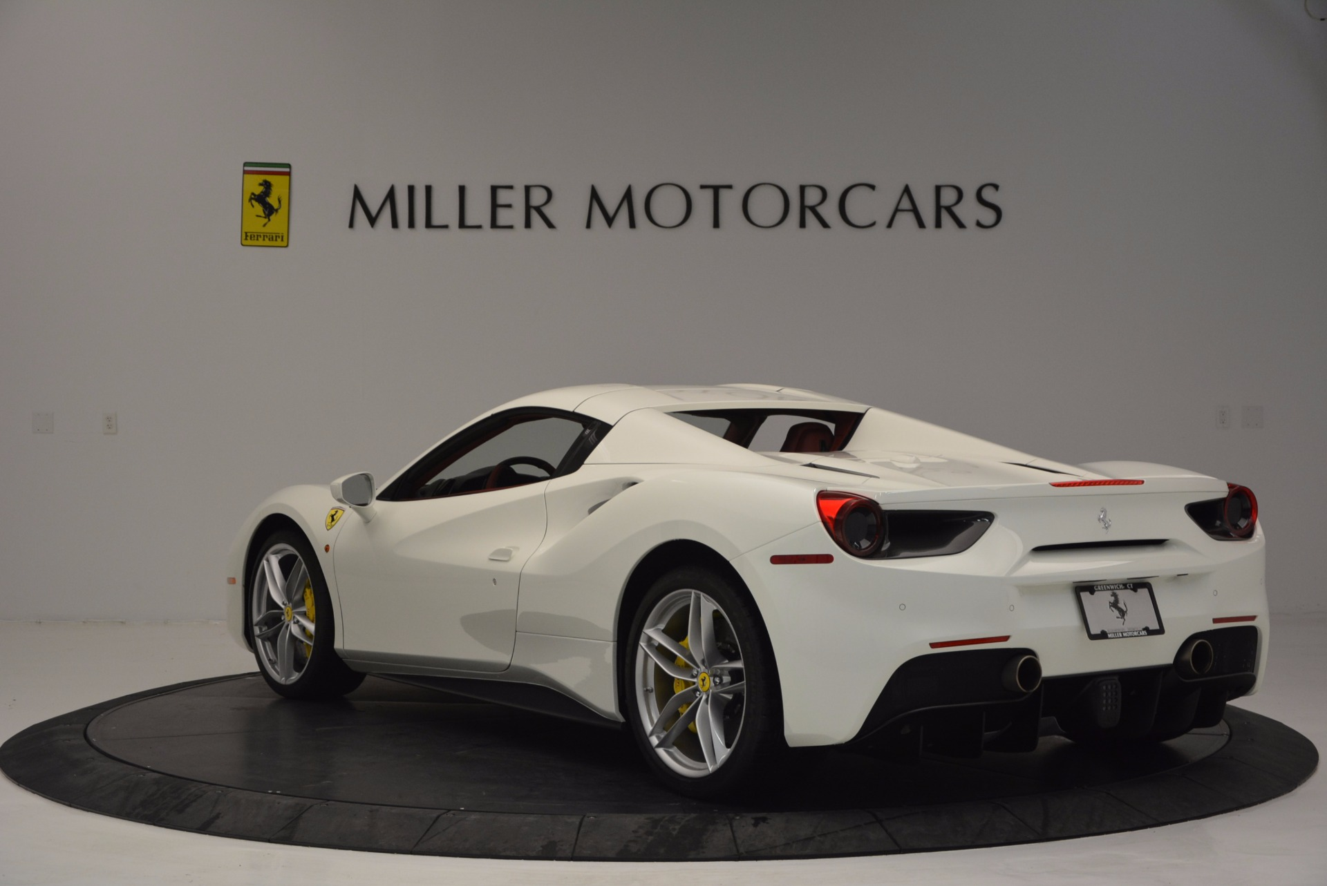 Used 2017 Ferrari 488 Spider  For Sale In Westport, CT 1296_p17