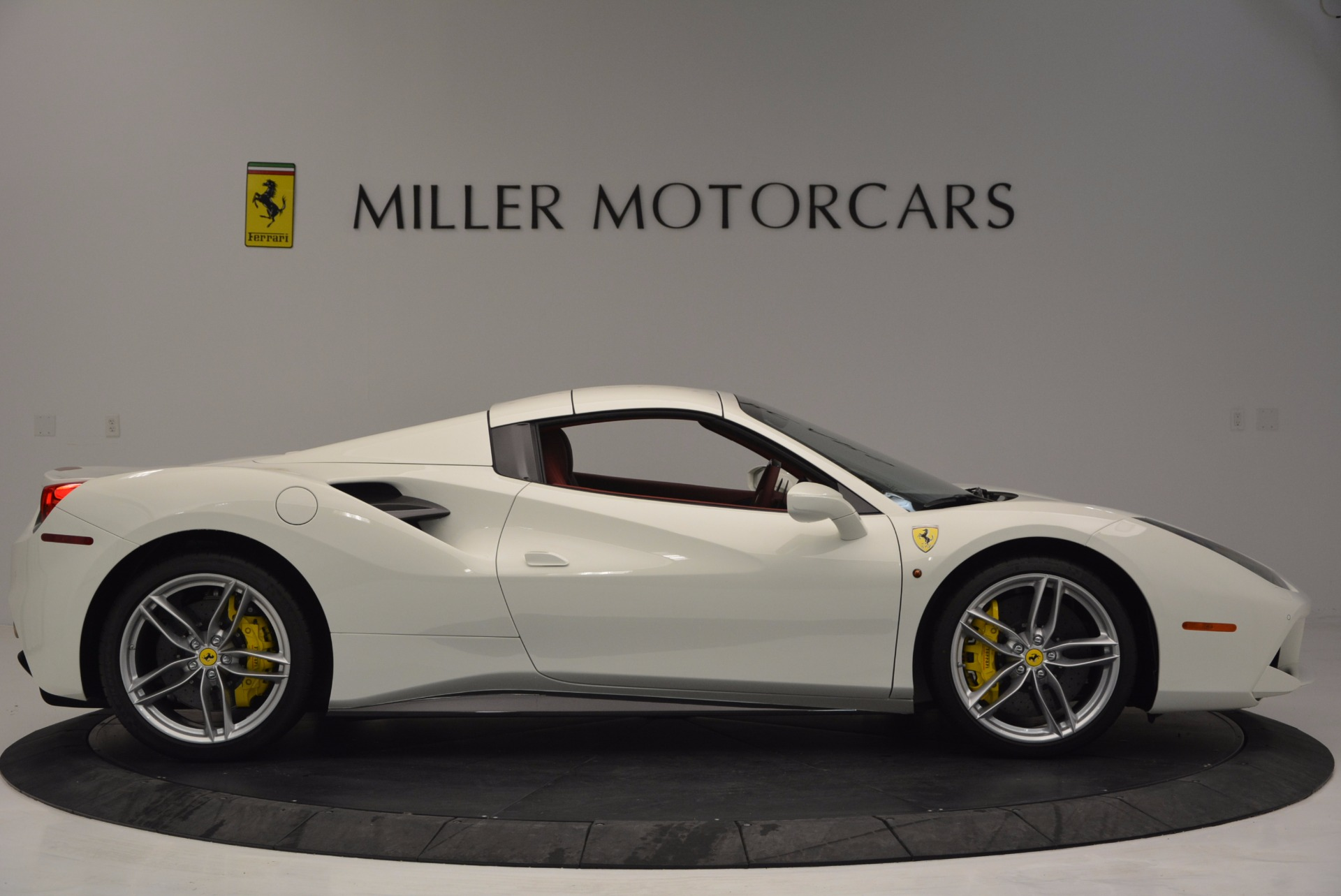 Used 2017 Ferrari 488 Spider  For Sale In Westport, CT 1296_p21
