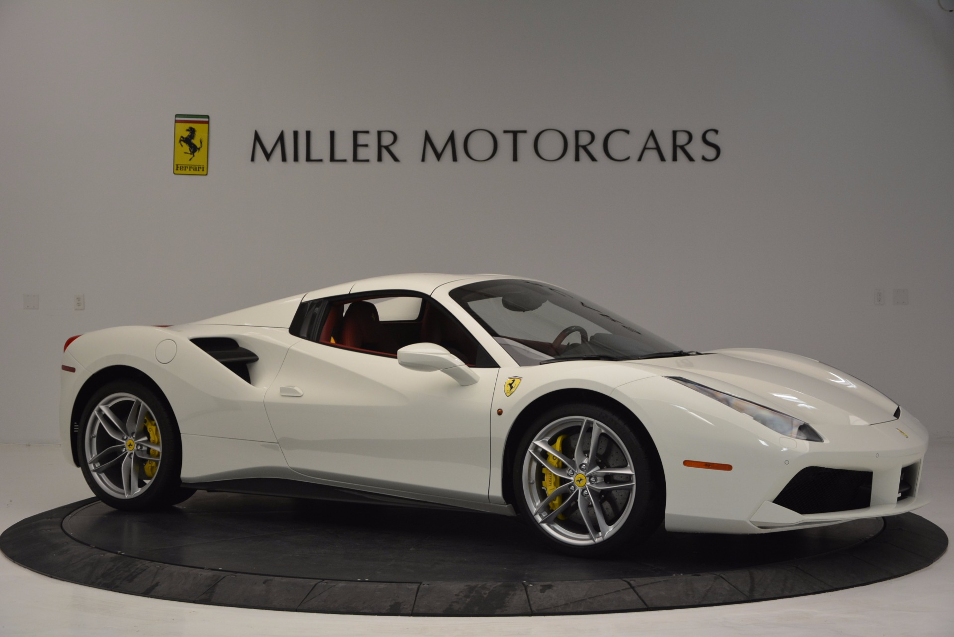 Used 2017 Ferrari 488 Spider  For Sale In Westport, CT 1296_p22