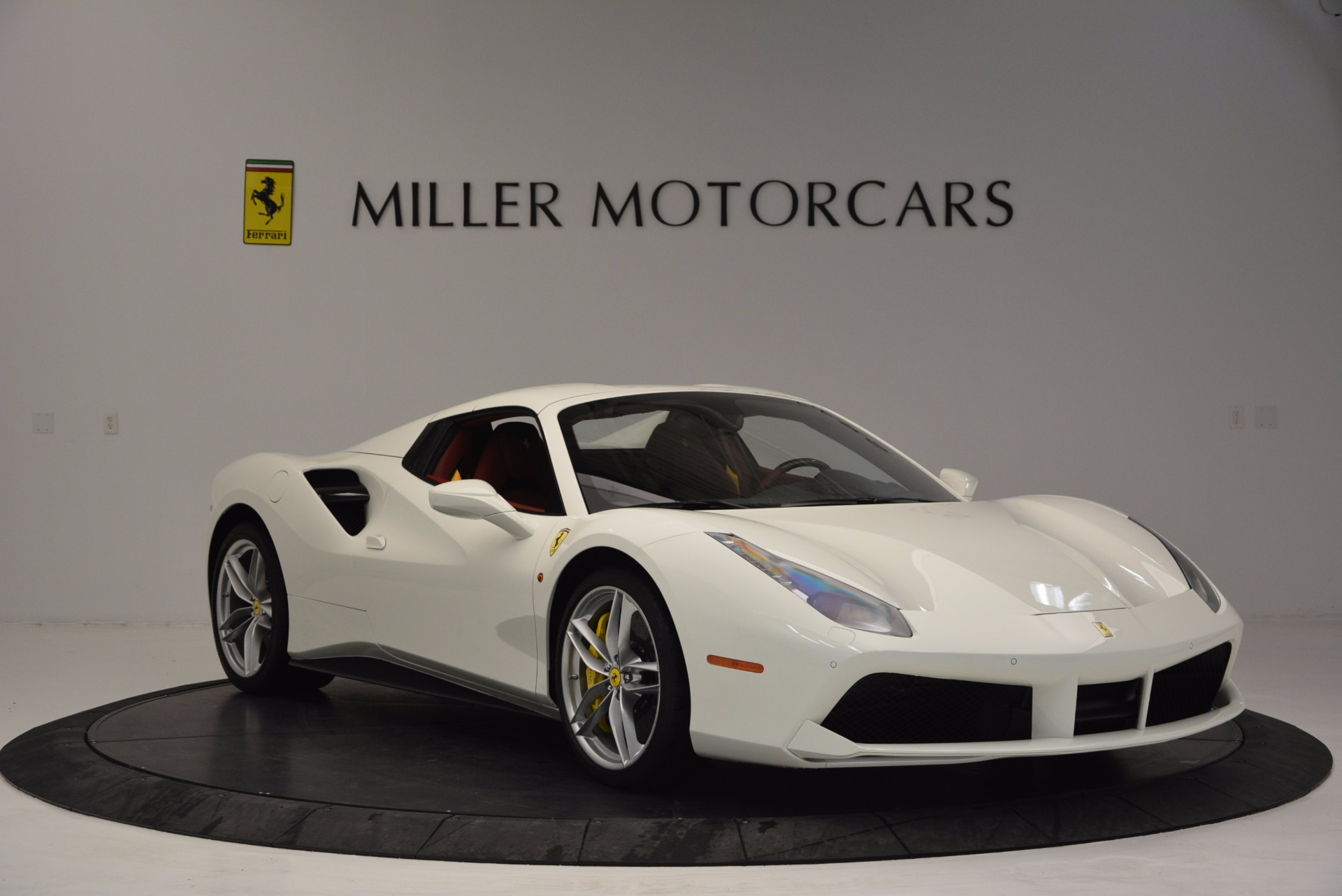Used 2017 Ferrari 488 Spider  For Sale In Westport, CT 1296_p23