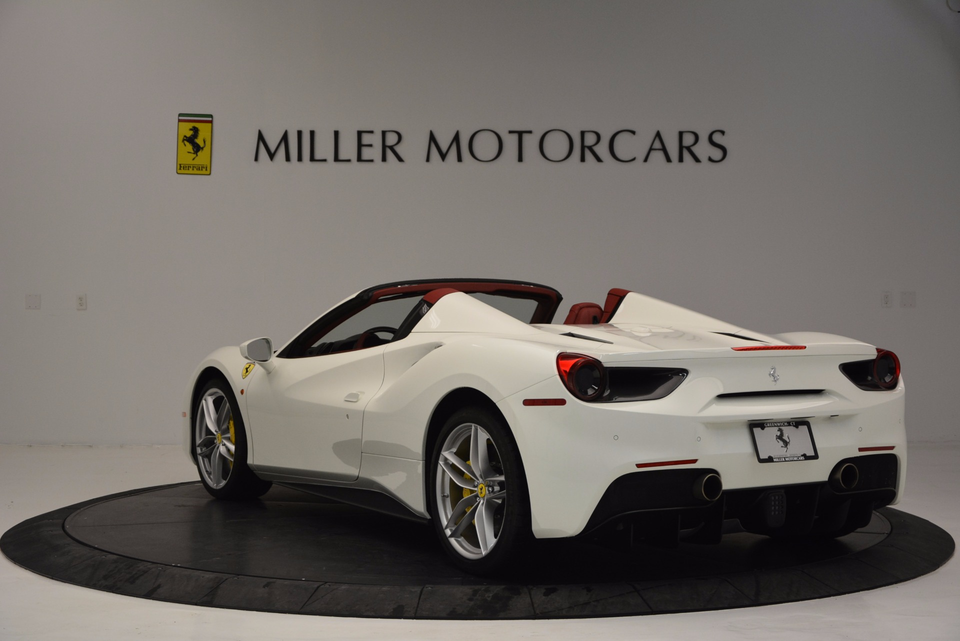 Used 2017 Ferrari 488 Spider  For Sale In Westport, CT 1296_p5