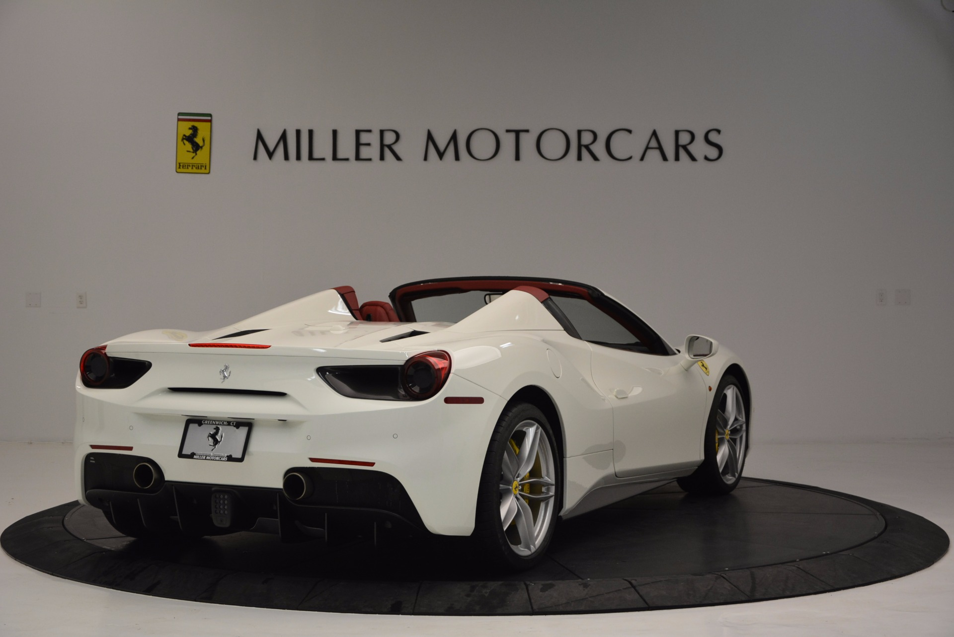 Used 2017 Ferrari 488 Spider  For Sale In Westport, CT 1296_p7