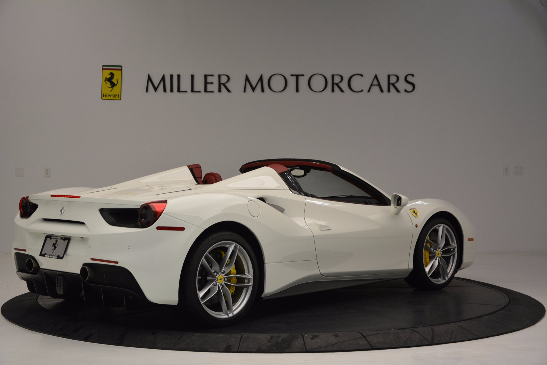 Used 2017 Ferrari 488 Spider  For Sale In Westport, CT 1296_p8