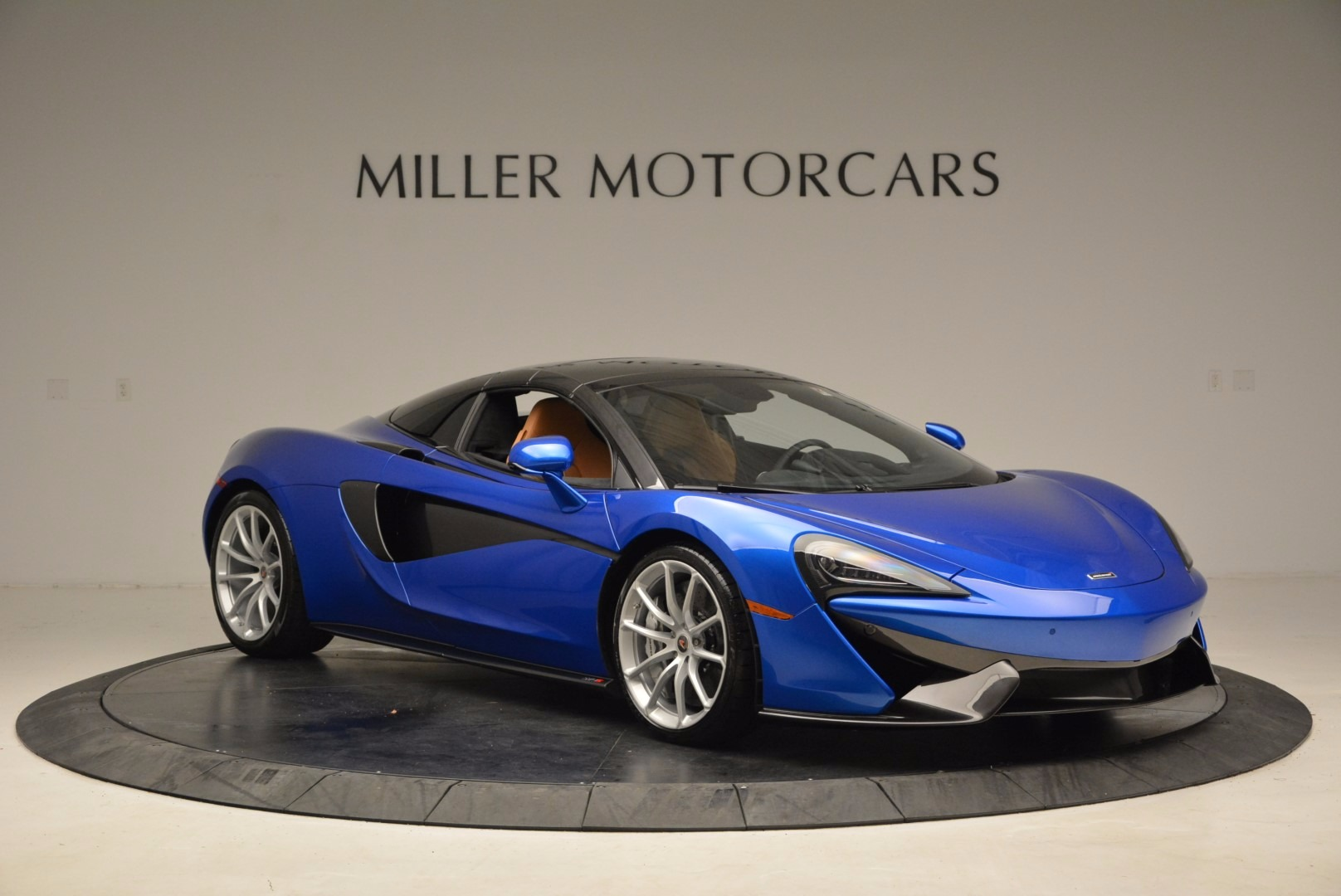 Used 2018 McLaren 570S Spider For Sale In Westport, CT 1303_p21