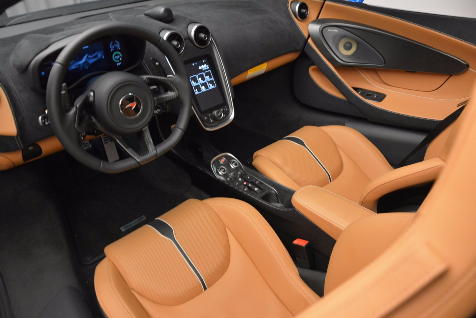 Used 2018 McLaren 570S Spider For Sale In Westport, CT 1303_p26