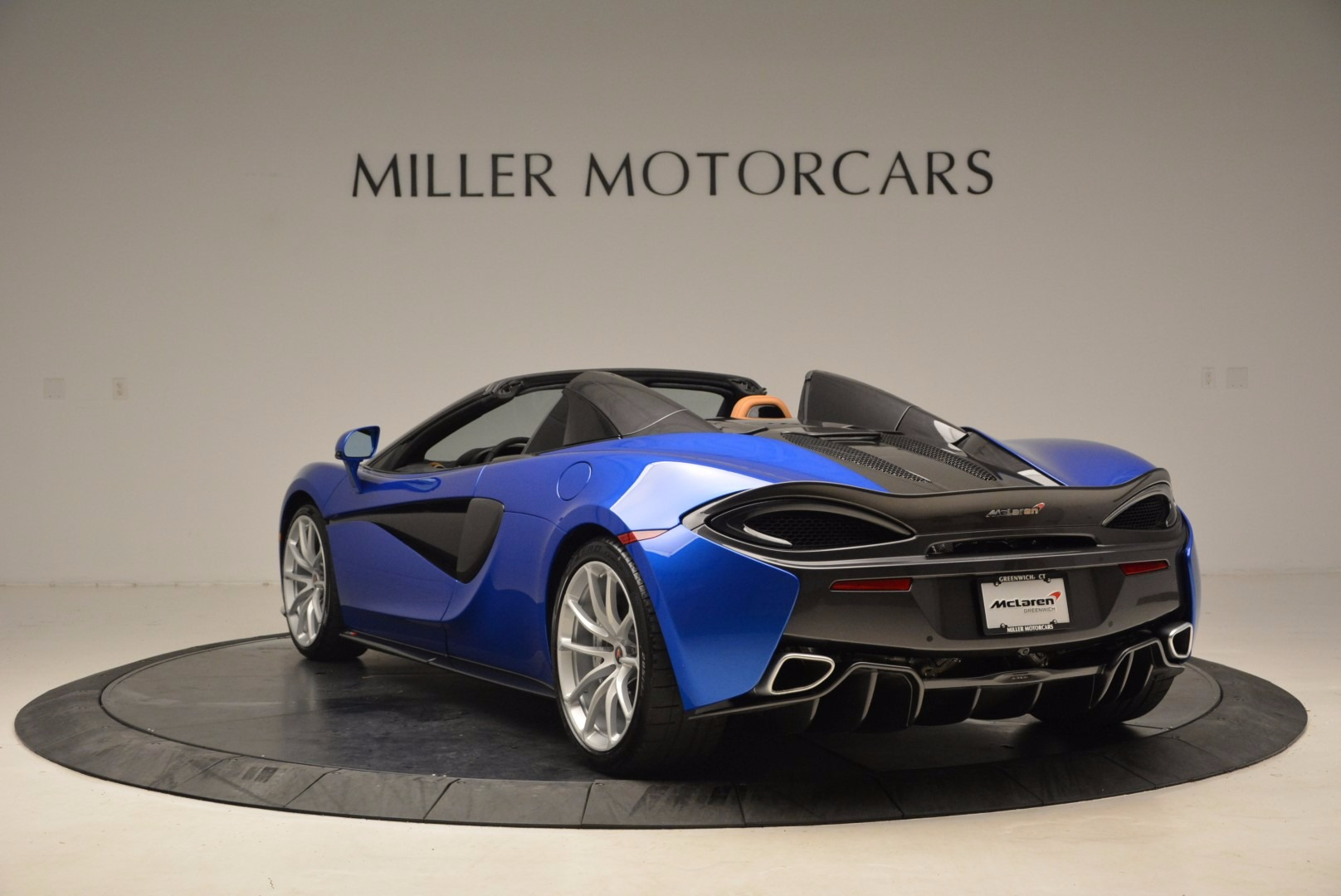 Used 2018 McLaren 570S Spider For Sale In Westport, CT 1303_p5
