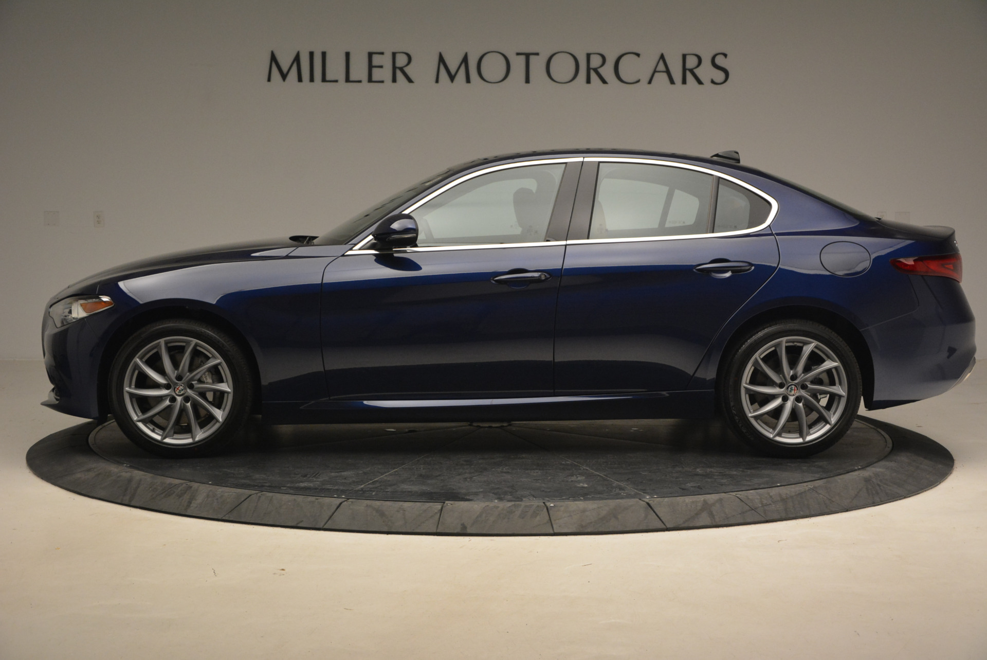New 2017 Alfa Romeo Giulia Q4 For Sale In Westport, CT 1318_p3