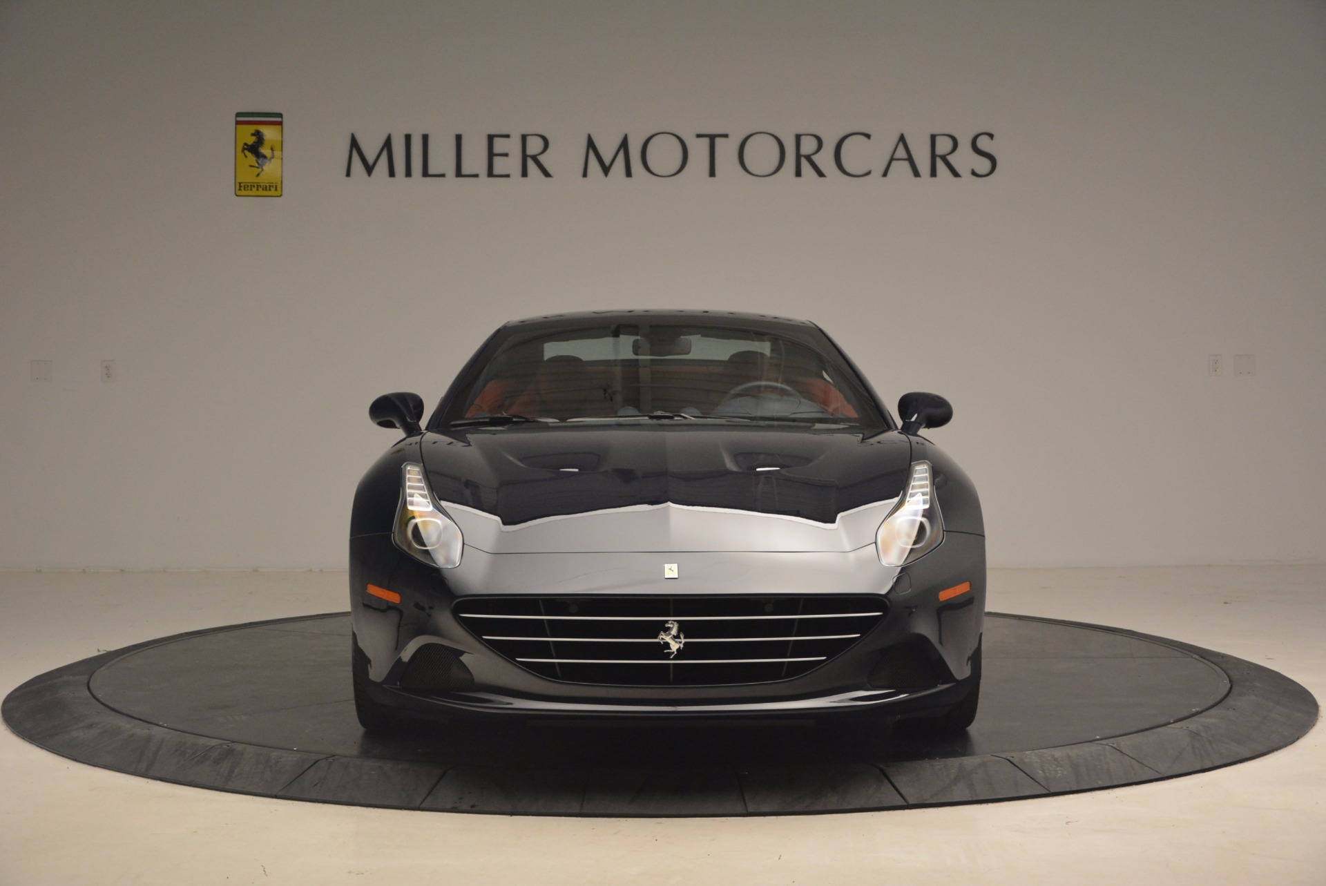 Used 2017 Ferrari California T  For Sale In Westport, CT 1330_p24