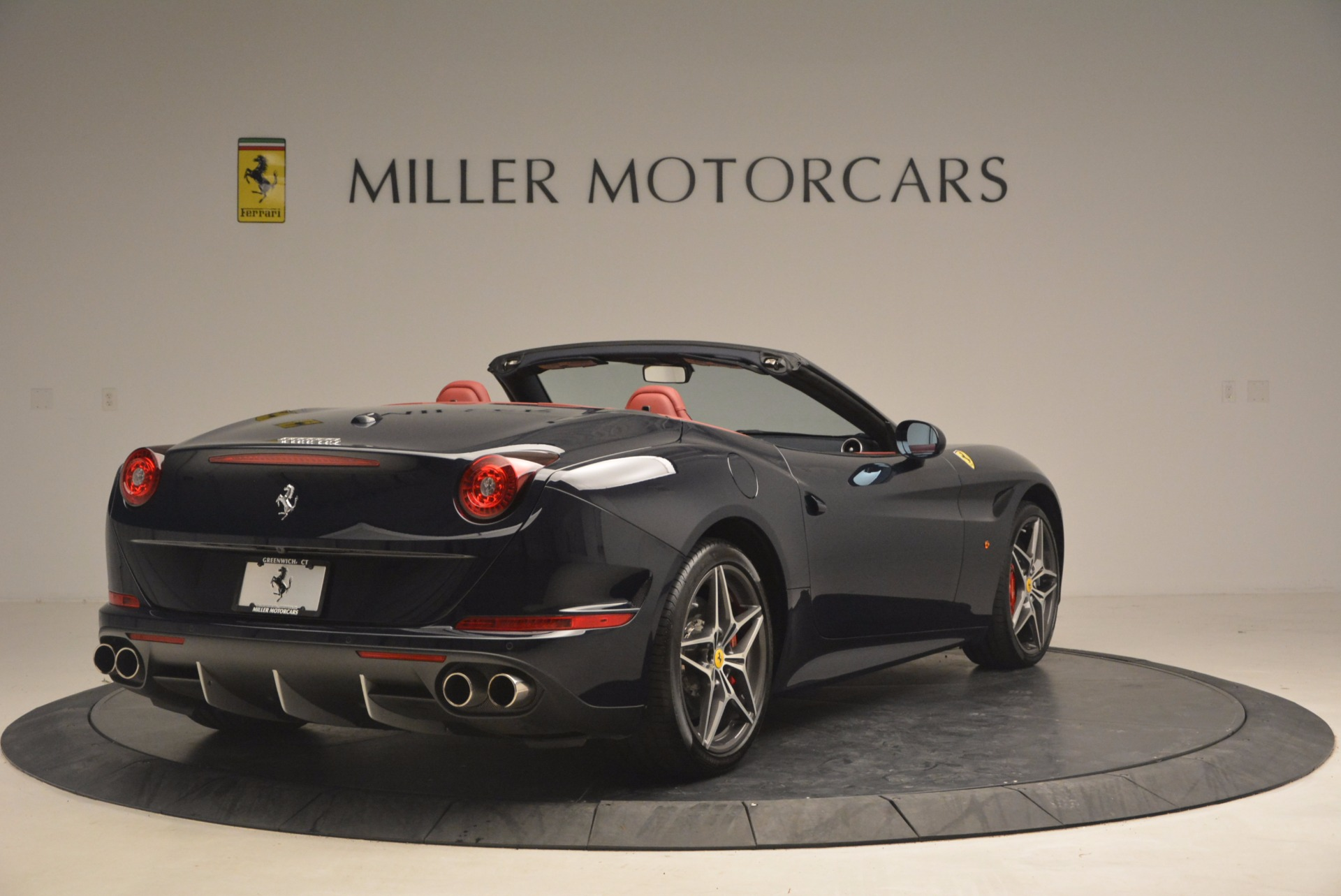 Used 2017 Ferrari California T  For Sale In Westport, CT 1330_p7