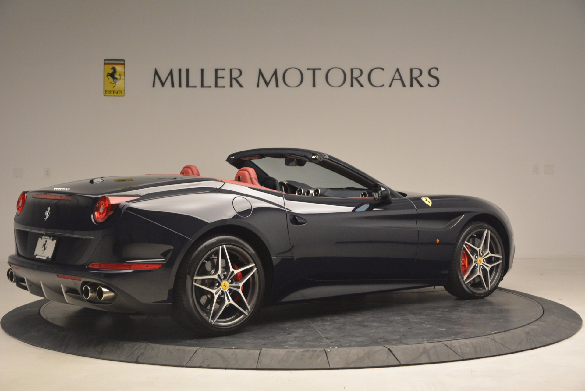 Used 2017 Ferrari California T  For Sale In Westport, CT 1330_p8