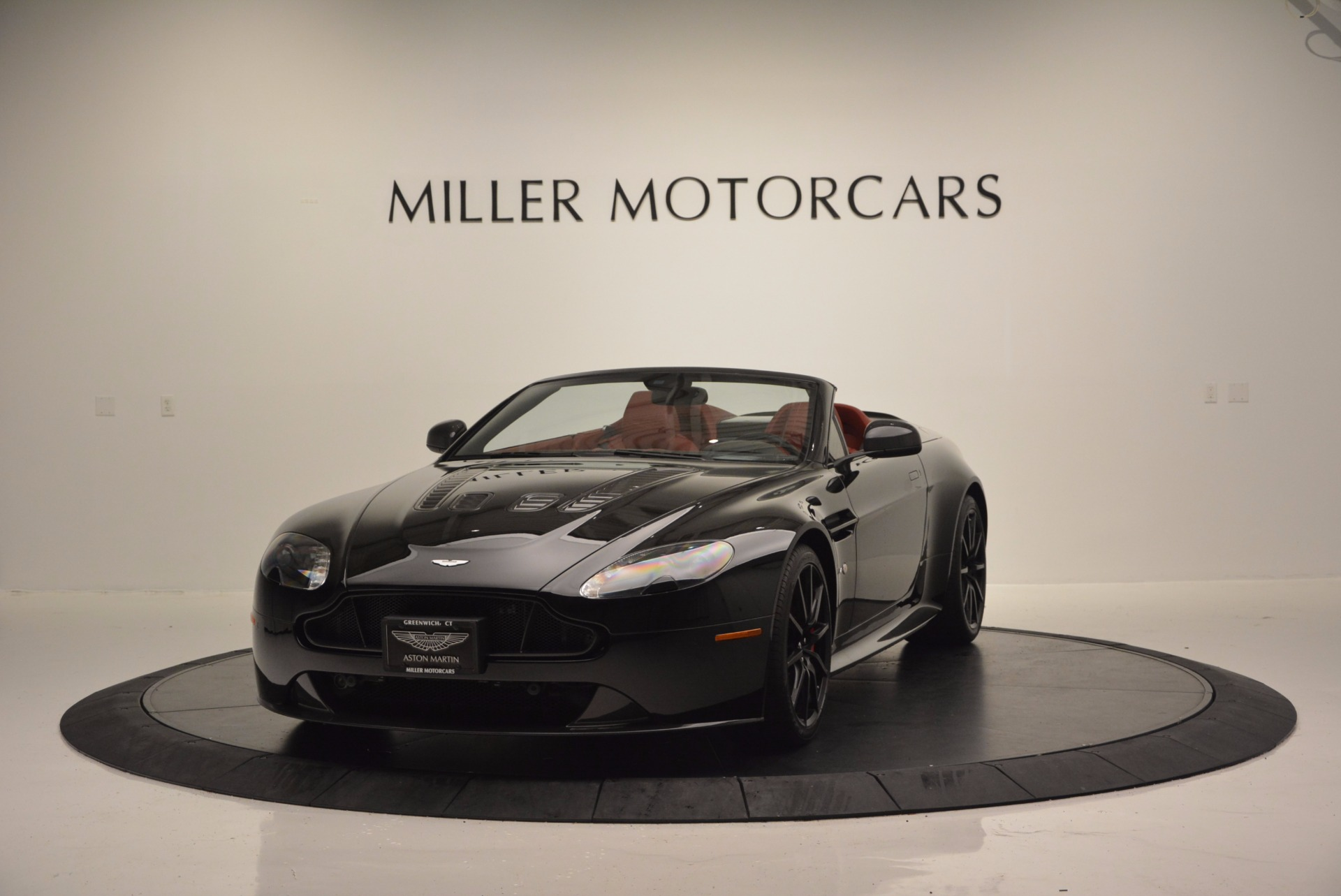 Used 2015 Aston Martin V12 Vantage S Roadster For Sale In Westport, CT 1335_main