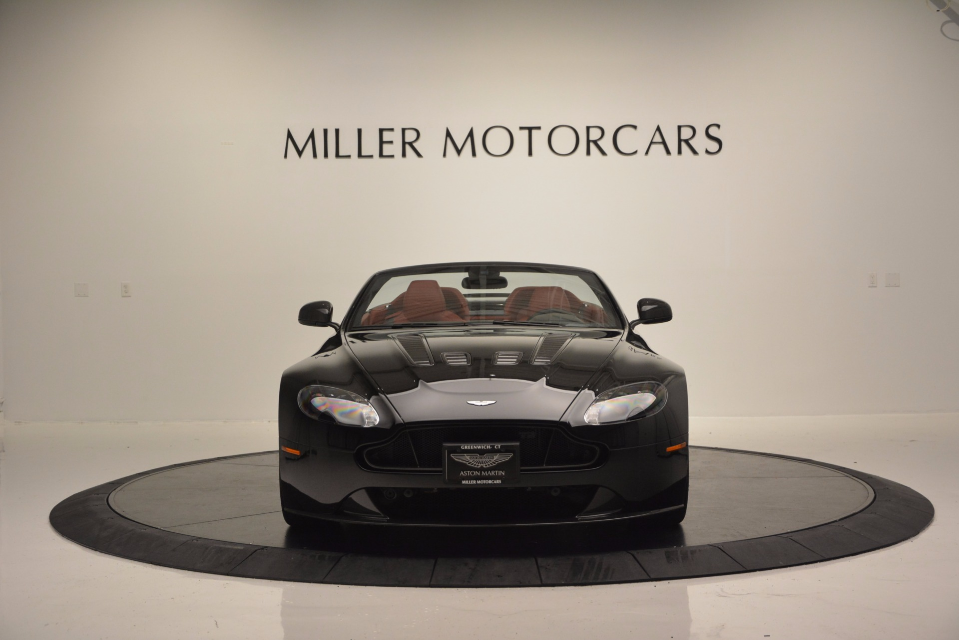 Used 2015 Aston Martin V12 Vantage S Roadster For Sale In Westport, CT 1335_p12