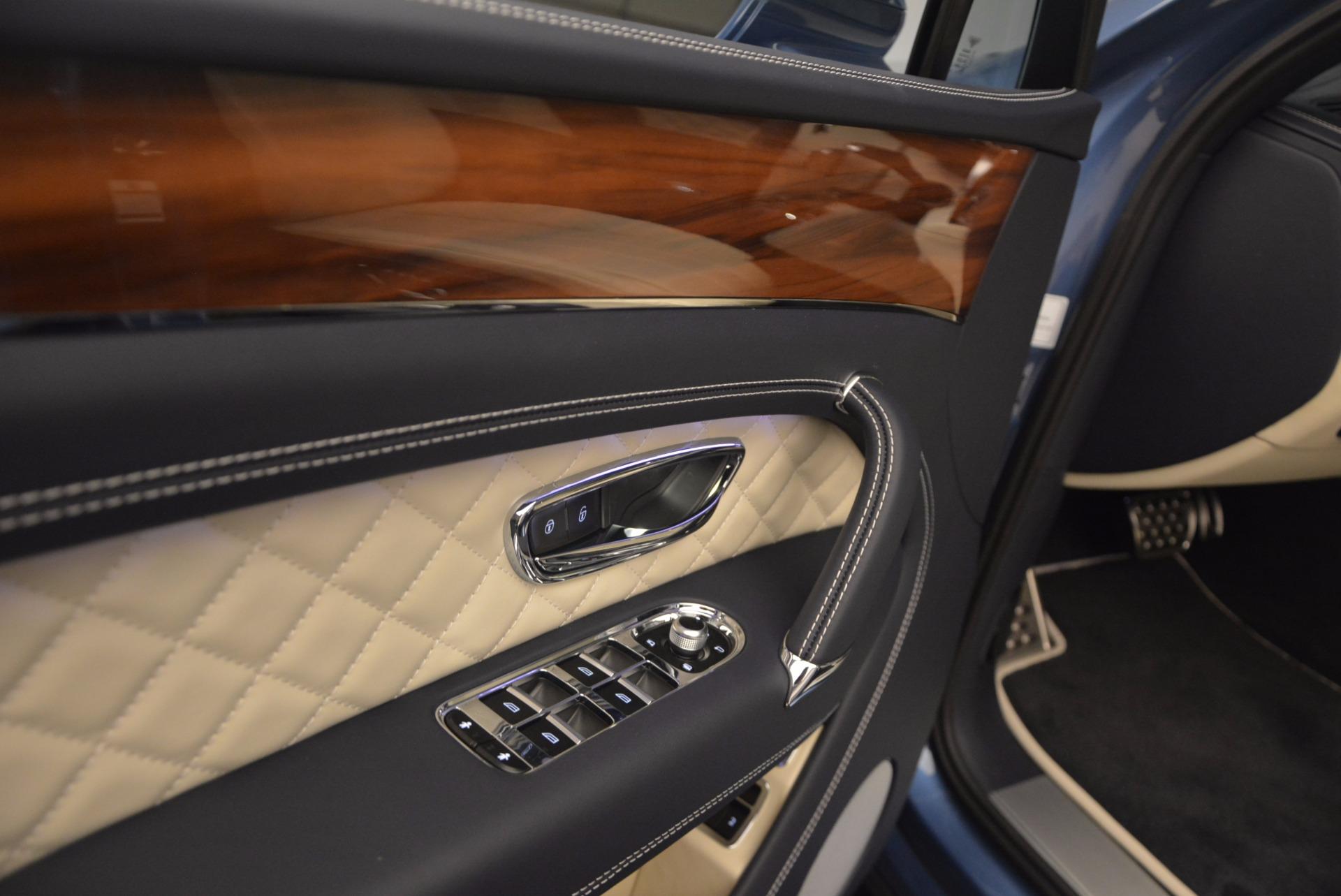 New 2018 Bentley Bentayga  For Sale In Westport, CT 1342_p21