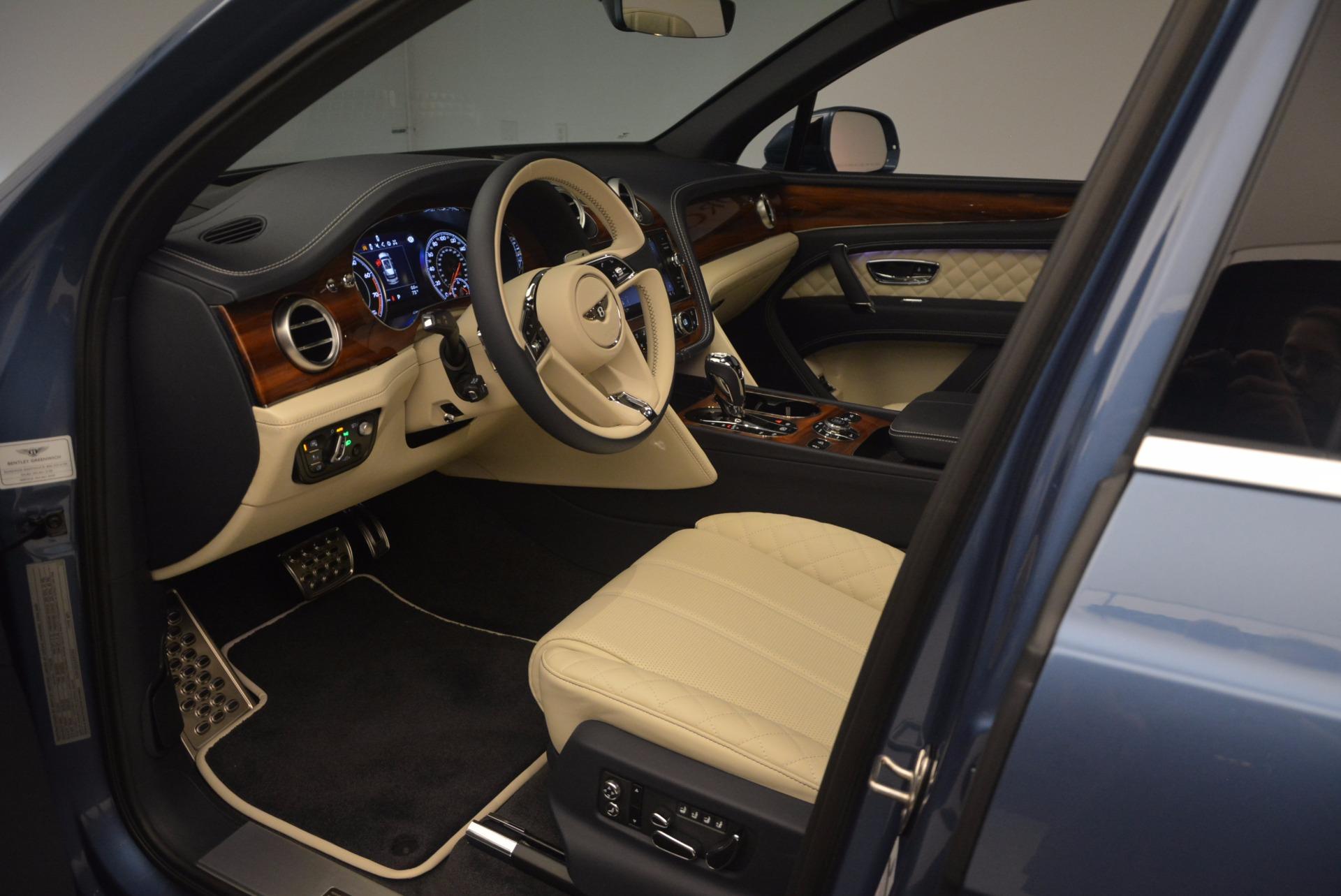 New 2018 Bentley Bentayga  For Sale In Westport, CT 1342_p22