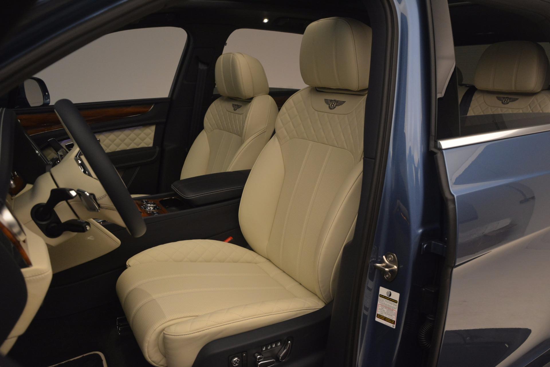 New 2018 Bentley Bentayga  For Sale In Westport, CT 1342_p24