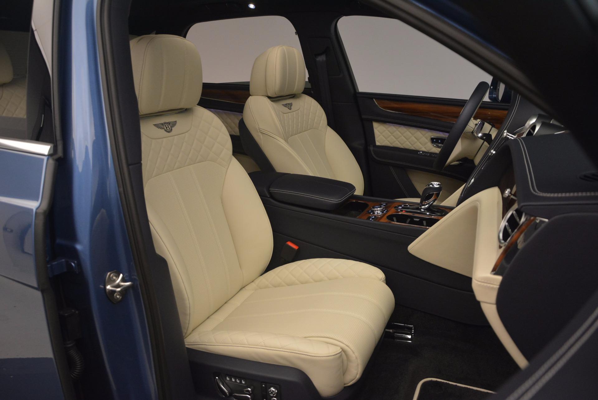 New 2018 Bentley Bentayga  For Sale In Westport, CT 1342_p45